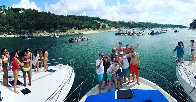 Because nobody ever rapped about being on a pontoon boat #yachtparty #bacheloretteparty #bachelorparty #laketravis