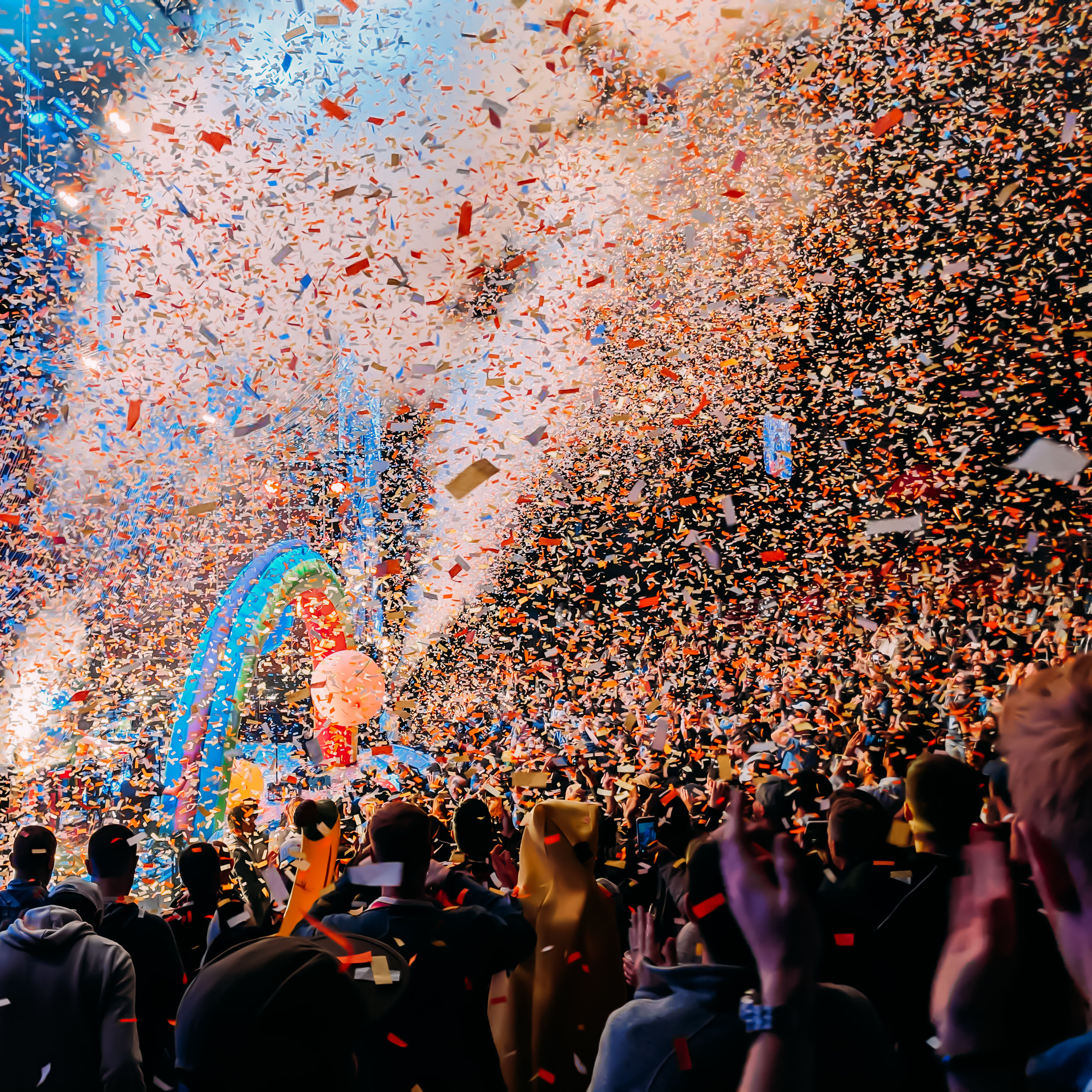 The Flaming lips @ Google I/O 2019 - The Flaming Lips perform a one-of-a-kind song with the help of a bowl of fruit, AI, and the crowd at Google I/O.
