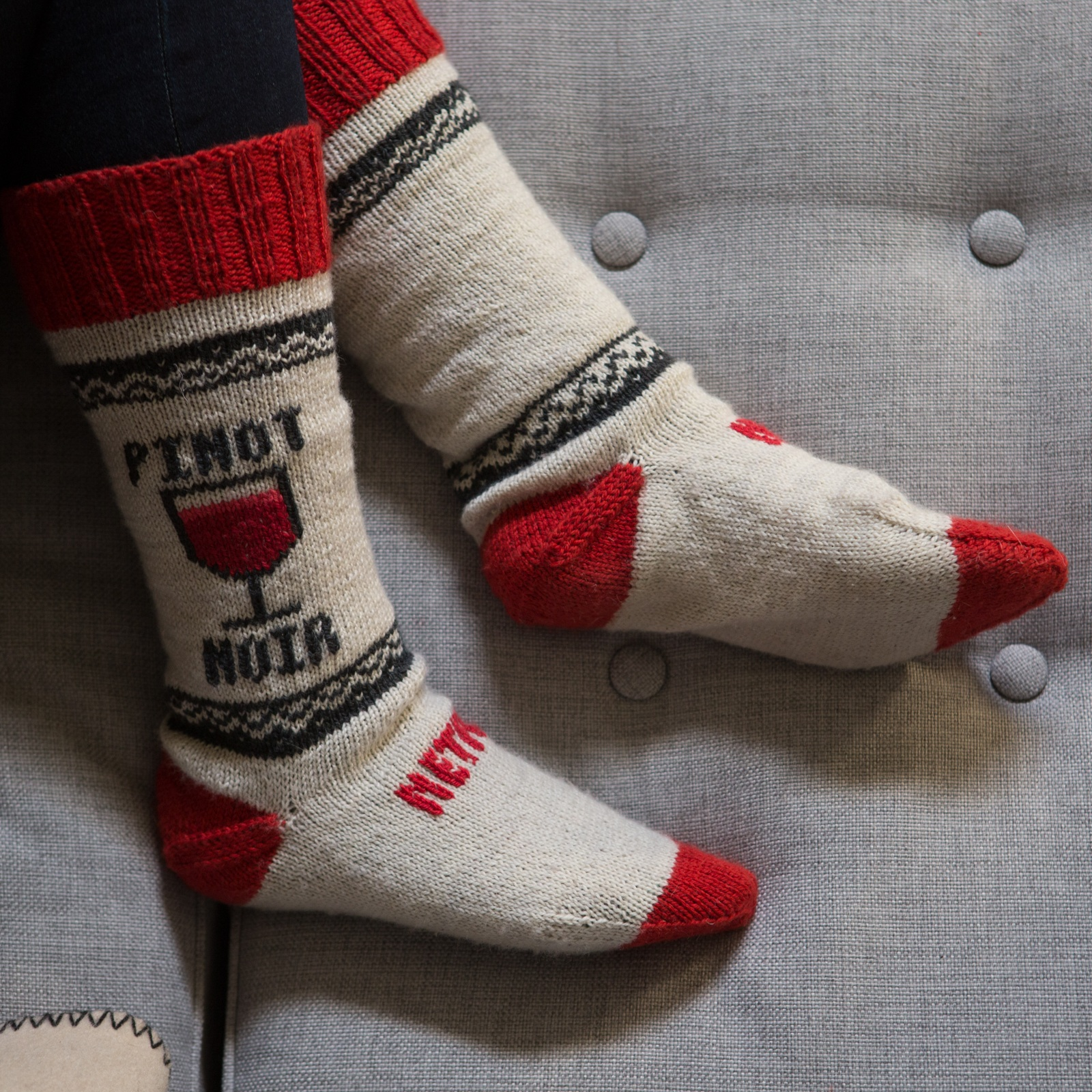 NETFLIX SOCKS - Cozy smart socks automatically pause your show when you doze off.
