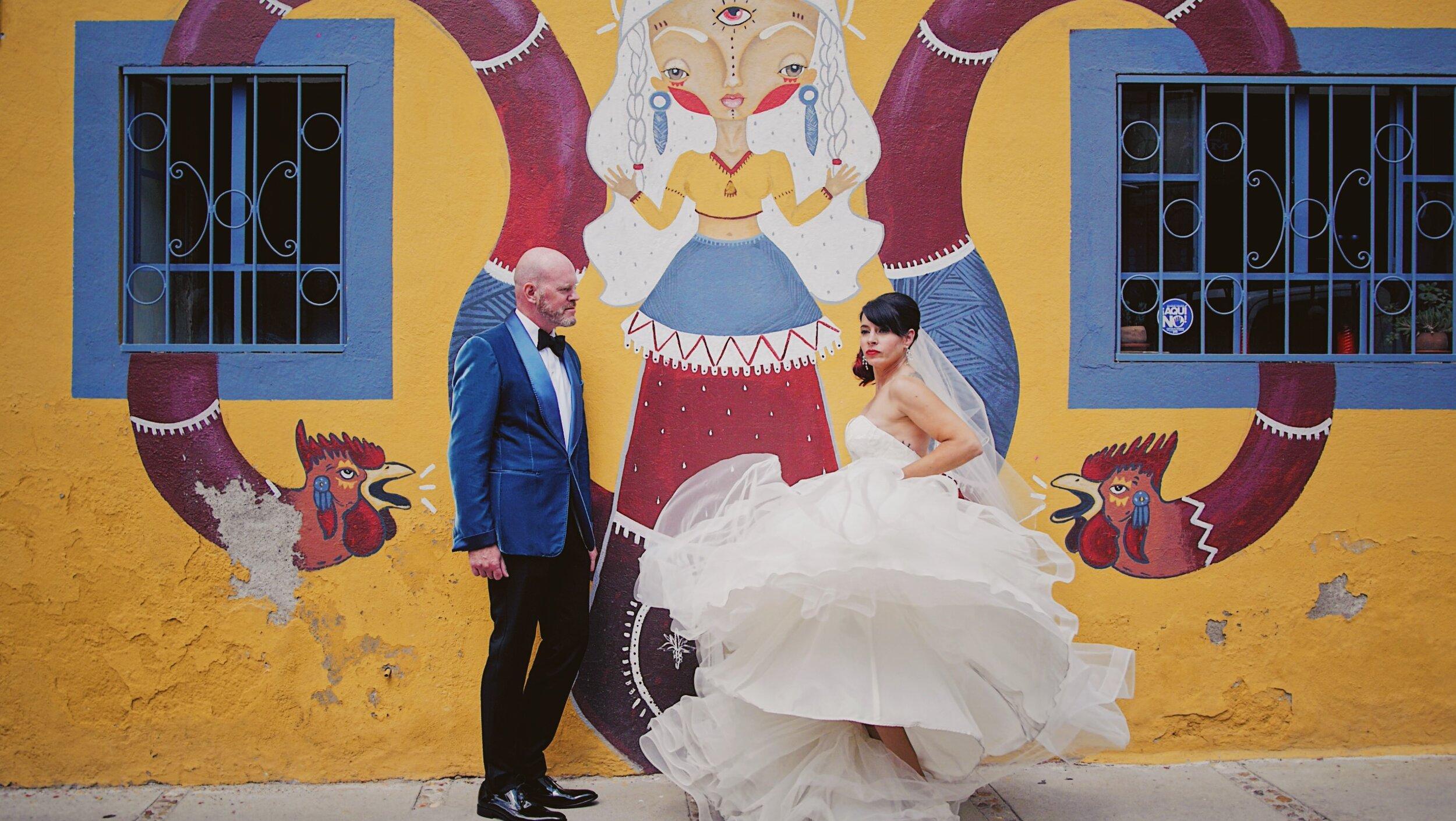 Paquete 2 - Máximo 12 hrs. de cobertura del eventoGrabación a 2 cámaras Full HDCaptura de video aéreo.Entrega:Full Movie de aprox. de 40 min (edición tradicional)Wedding Trailer con duración aprox. de 2 a 4 minTeaser de 30 seg. para Instagram + 5 clips para Stories• Entrega en USBCalidad Estándar (Full HD): $40,000.00 MXNCalidad PREMIUM (Ultra HD): $44,000.00 MXN