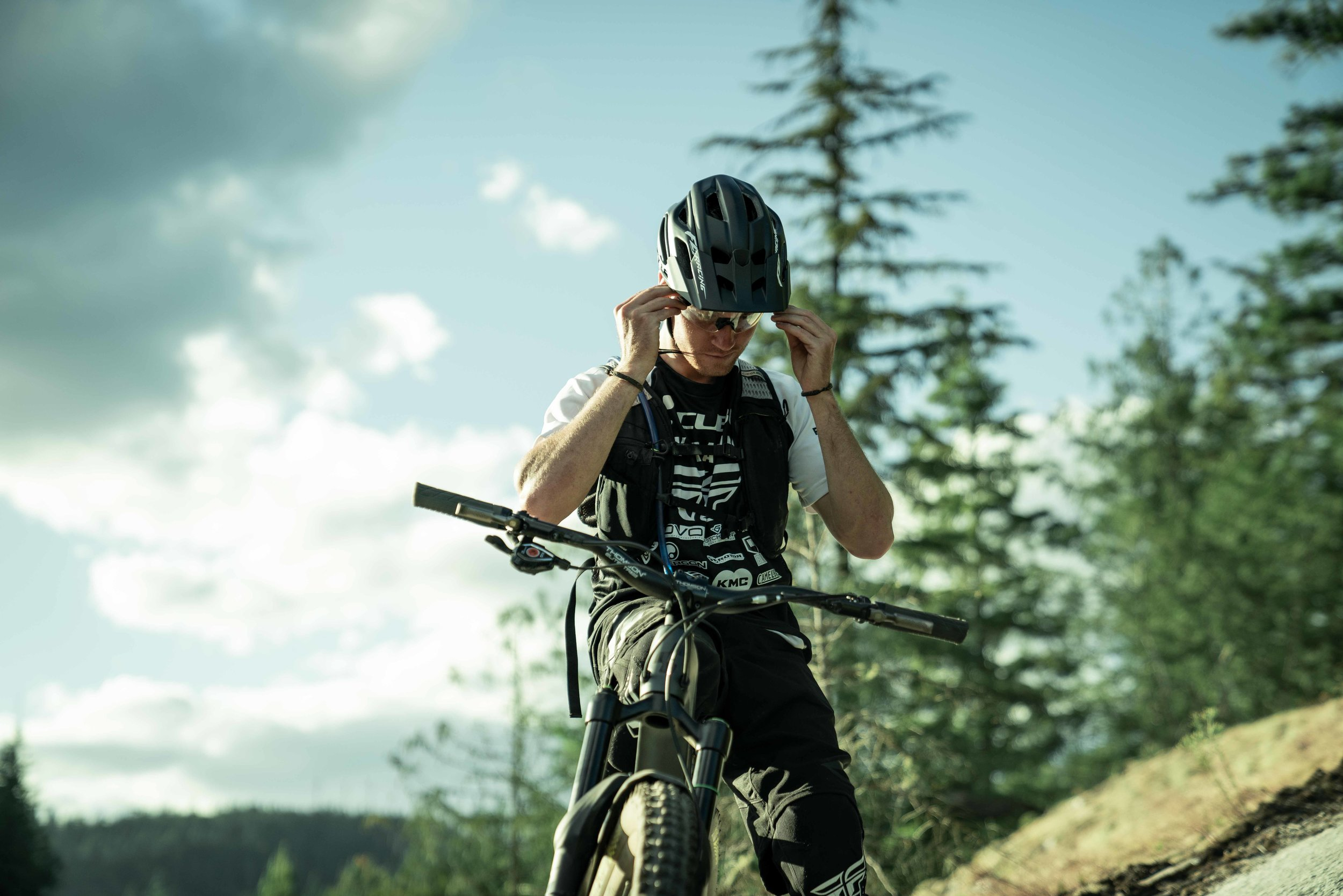 chasewhite-remymetailler-squamish-18.jpg