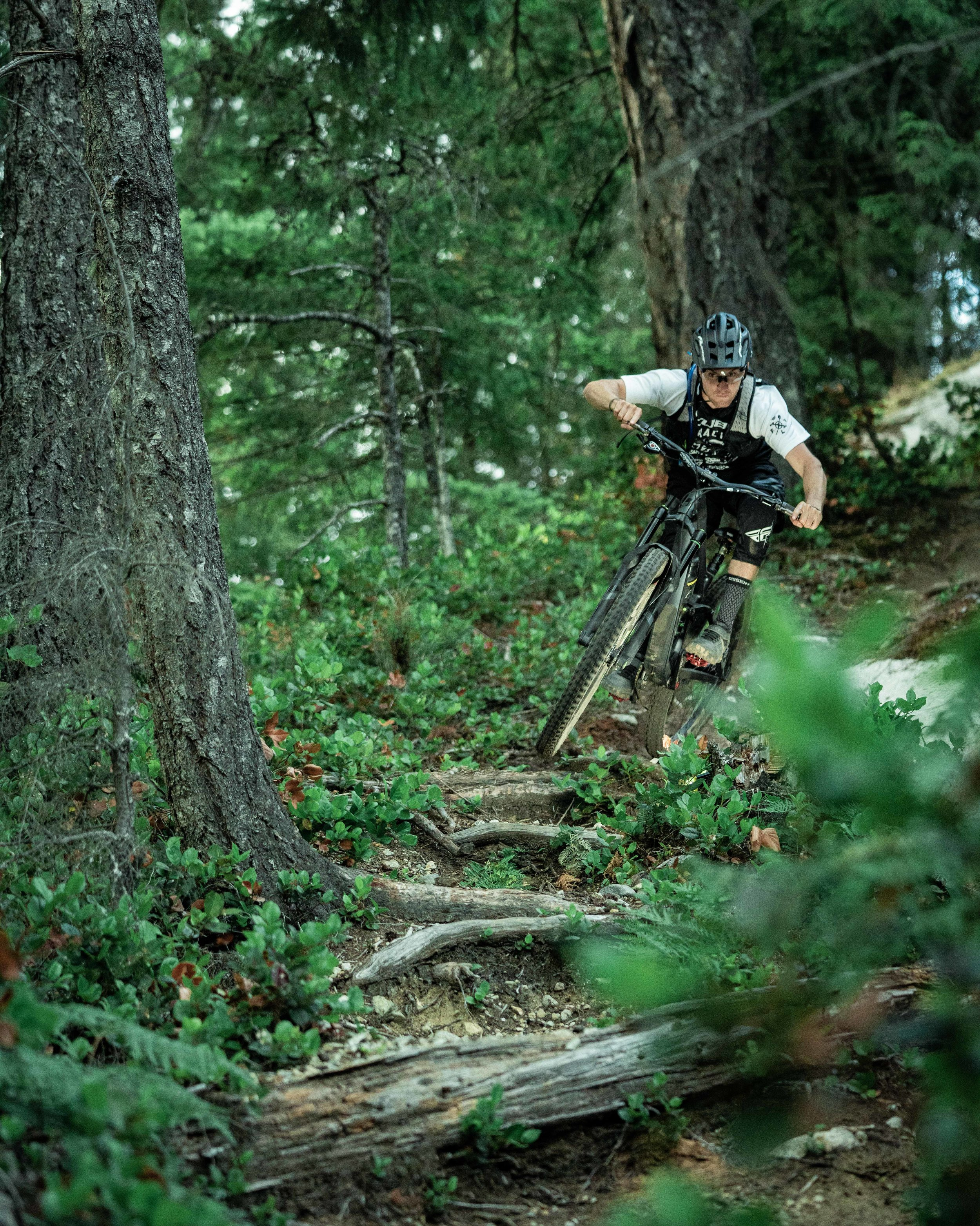 chasewhite-remymetailler-squamish-56.jpg
