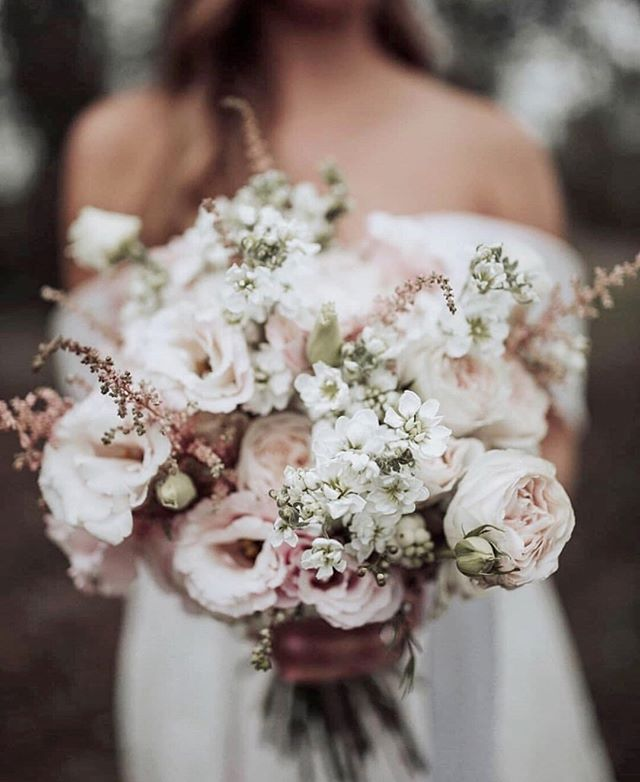 We came across this gorgeous arrangement featured on @ivoryweddingco and definitely did a double take!  The arrangement was created by @jsatelier and photographed by @martinaskrobotphotography  So soft, so stunning, and oh so romantic 💕    #rochesterbride #syracusebride #bridalboutique #nybride #torontobride #canadianbride #inspiration #bouquet #coutureweddinggown #sneakpeek #gettingmarried #futuremrs #isaidyes #weddingforward #shesaidyes #engaged #proposal #weddingplanning #bridetobe #ido #marryme #bride2be #engagedlife #heputaringonit #instawed #justengaged #weddinginspo #howheasked #weddingideas #bridalstyle