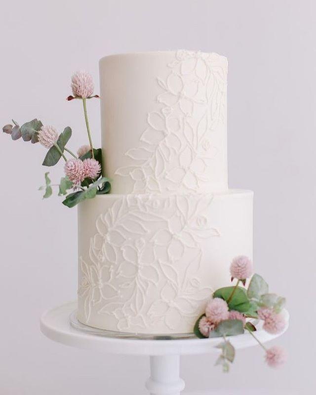✨Talk about a wedding cake dream! ✨⠀ ⠀ This gorgeous cake was created by @dreamcakespdx in Portland, Oregon and featured on Wedding Chicks.⠀ ⠀ ⠀ ⠀ ⠀ #rochesterbride #syracusebride #bridalboutique #nybride #torontobride #canadianbride #coutureweddinggown #sneakpeek #gettingmarried #futuremrs #isaidyes #weddingforward #shesaidyes #engaged #proposal #weddingplanning #bridetobe #ido #marryme #bride2be #engagedlife #heputaringonit #instawed #justengaged #weddinginspo #howheasked #weddingideas #bridalstyle