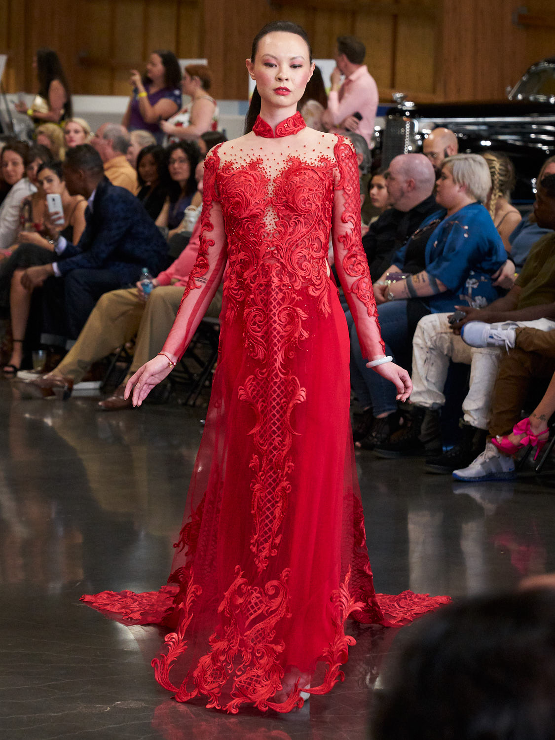 AMVISUALS-Couture-Cars-Fashion-Show-LeMay-Museum-Tacoma-Fashion-18.jpg