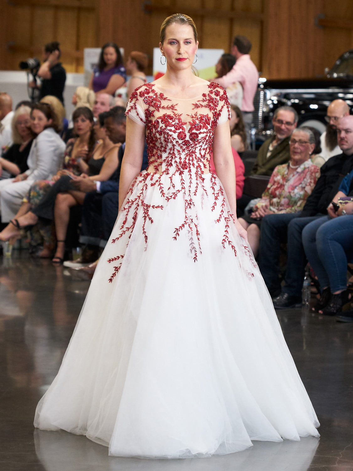 AMVISUALS-Couture-Cars-Fashion-Show-LeMay-Museum-Tacoma-Fashion-20.jpg