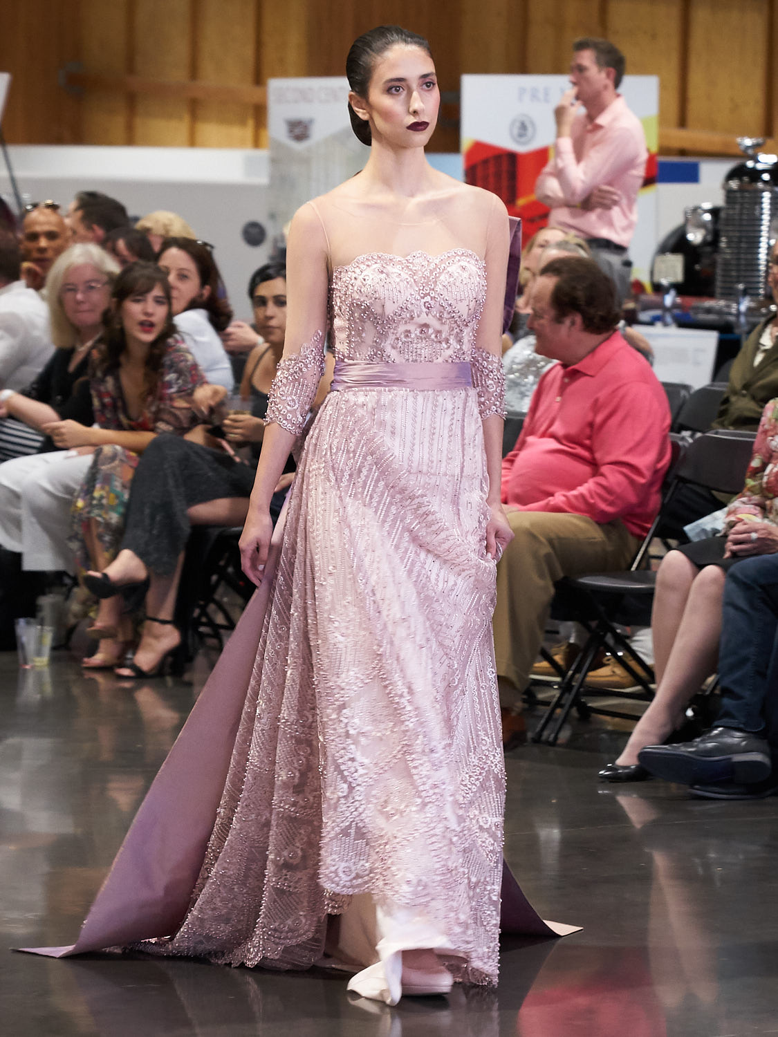 AMVISUALS-Couture-Cars-Fashion-Show-LeMay-Museum-Tacoma-Fashion-29.jpg