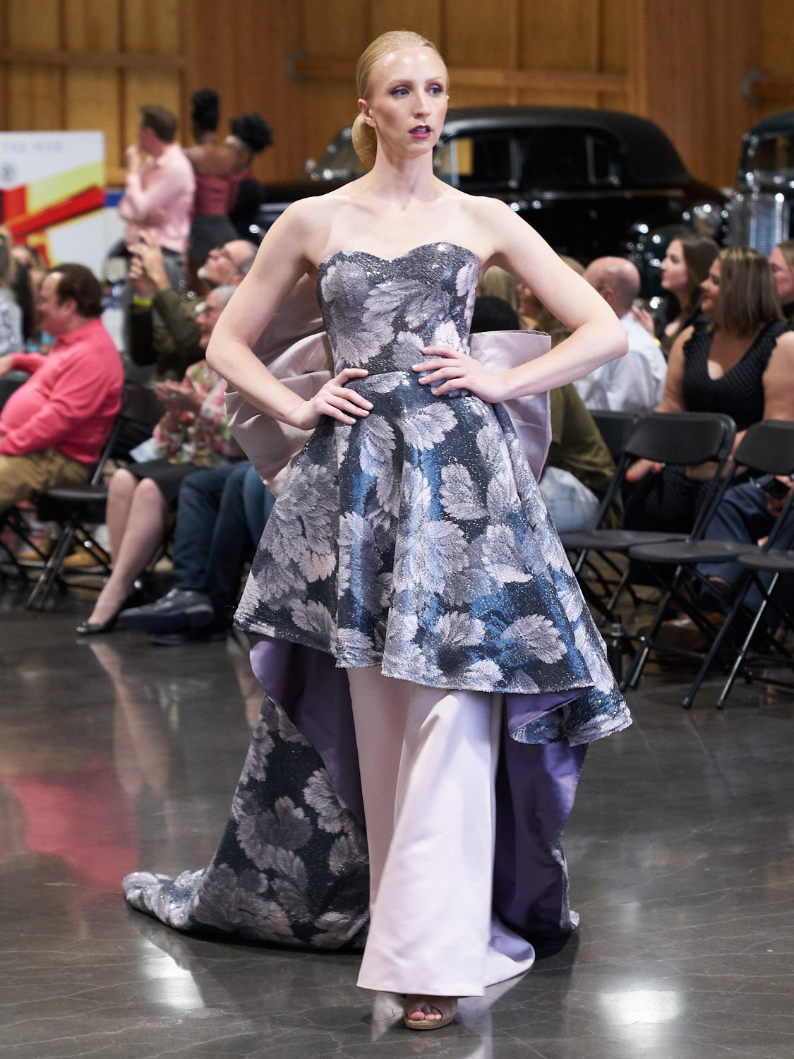 AMVISUALS-Couture-Cars-Fashion-Show-LeMay-Museum-Tacoma-Fashion-30.jpg