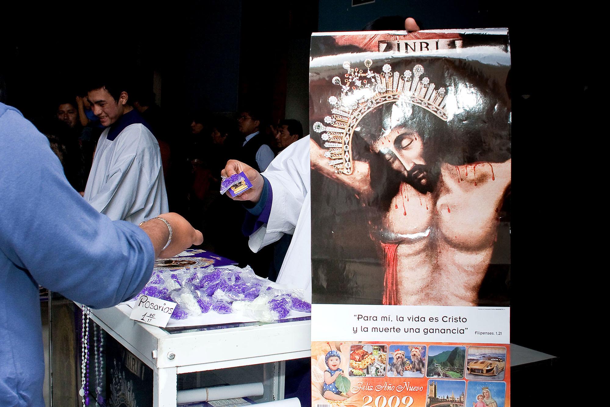 """Octubre """"el mes morado"""", Lima 2008"""