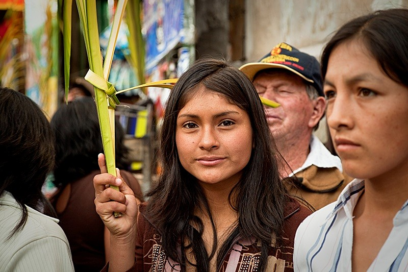 Waiting on Palm Sunday,Ayacucho 2009