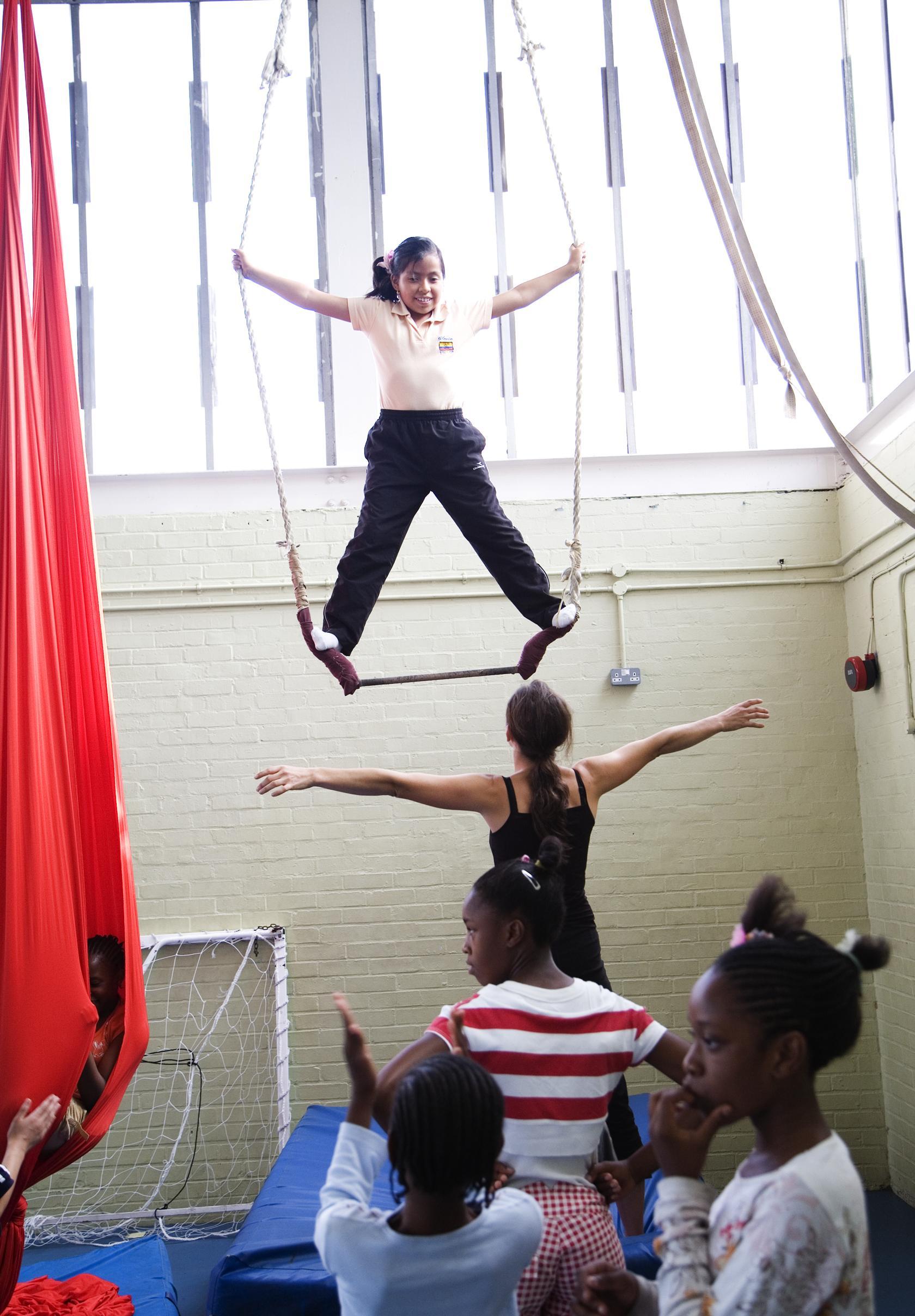 bassline-circus-workshop_12596128994_o.jpg