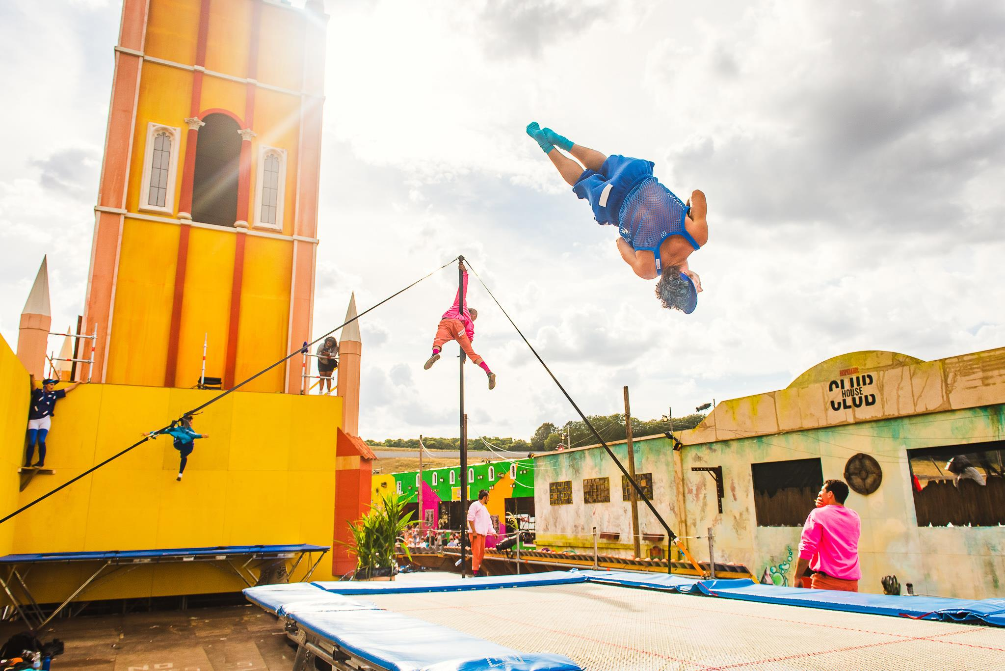 BOOMTOWN FAIRBarrio Loco/August 2018 - We're back storming the streets and rooftops with our electrifying stunts featuring trampolines, chinese poles, aerial & street dance all to the sounds of hip hop, garage, dancehall, latin funk and everything in between. check out full line up herehttps://www.boomtownfair.co.uk