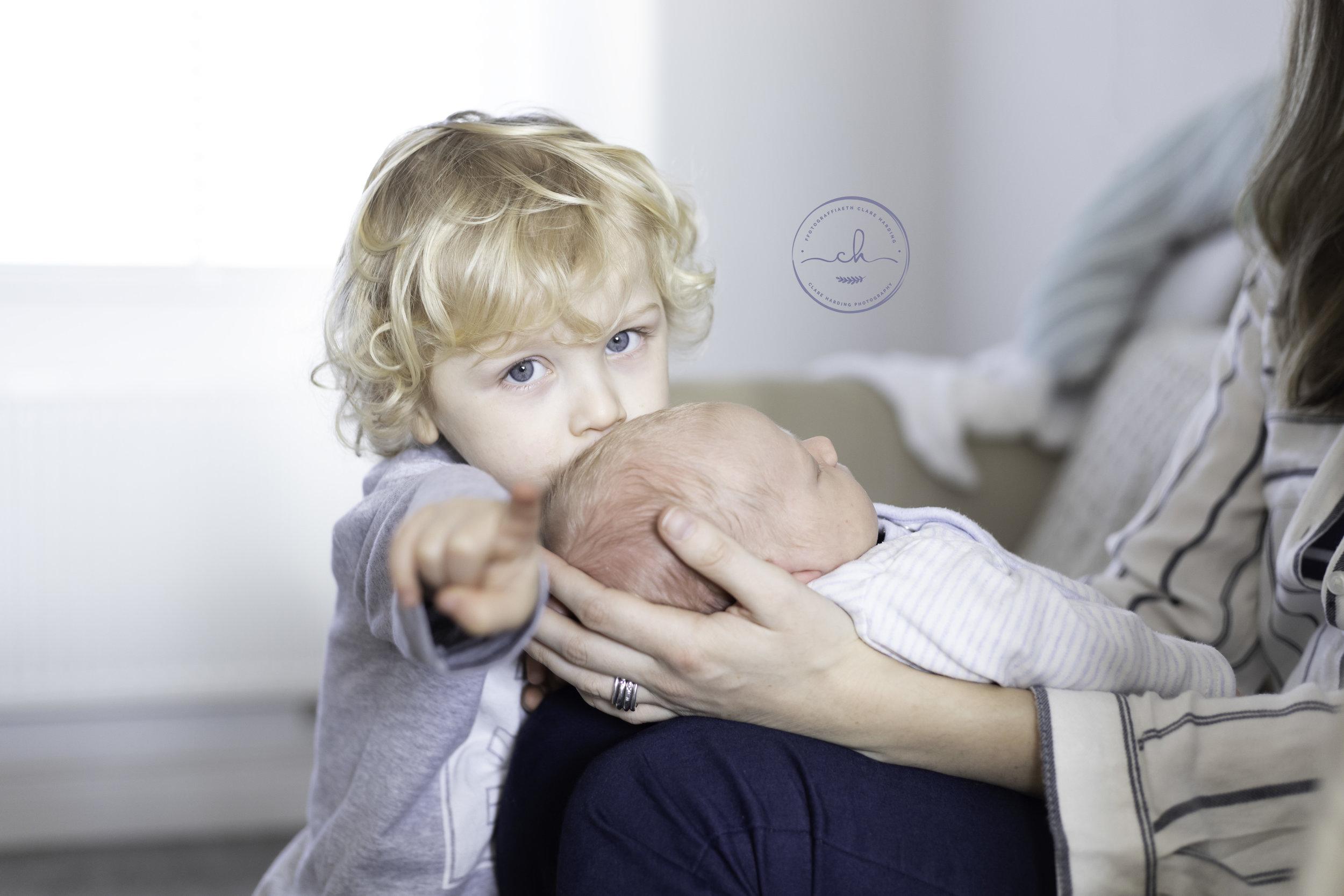 newborn photoshoot cardiff vale of glamorgan.jpg