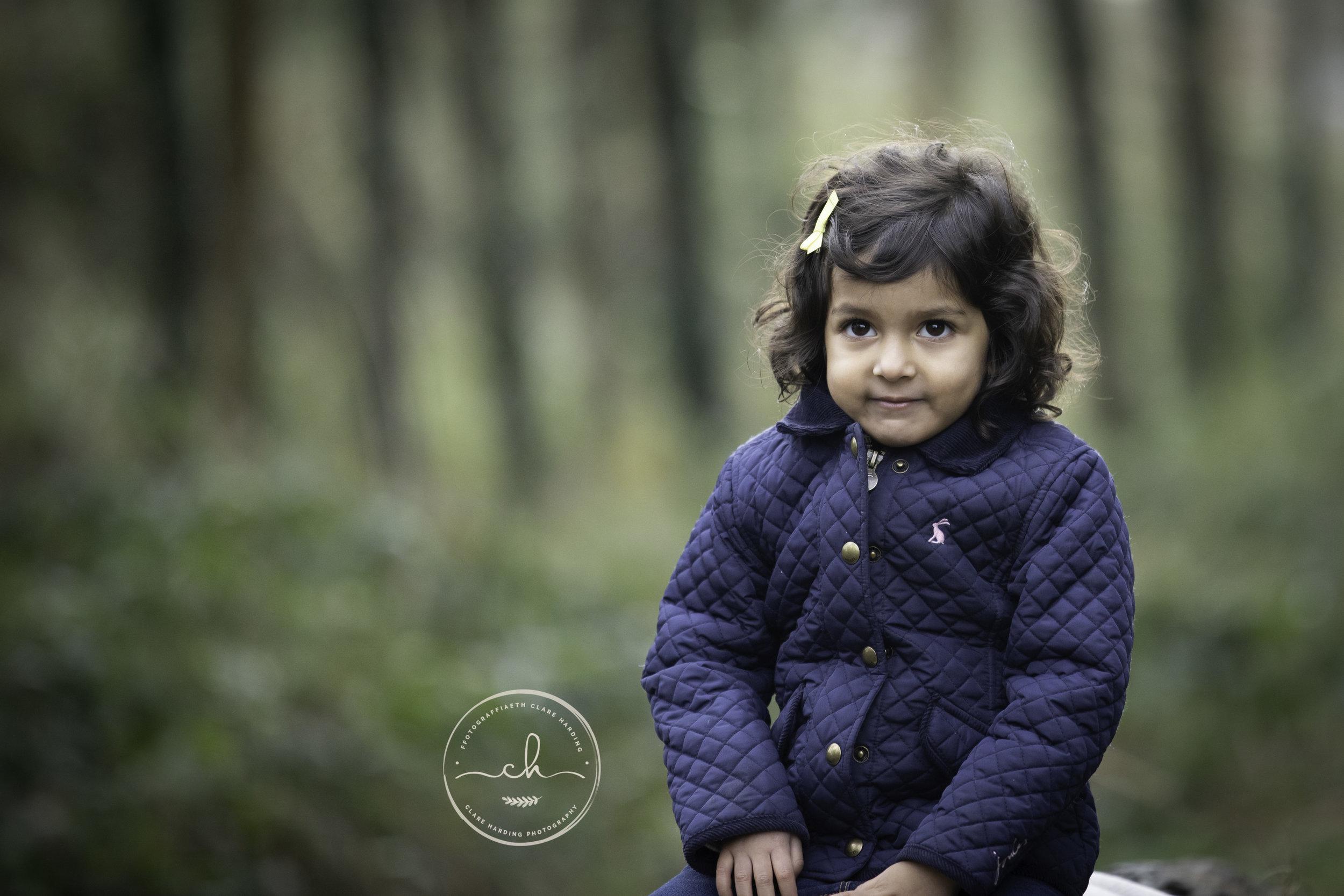 child family photographer cardiff vale of glamorgan outdoor.jpg