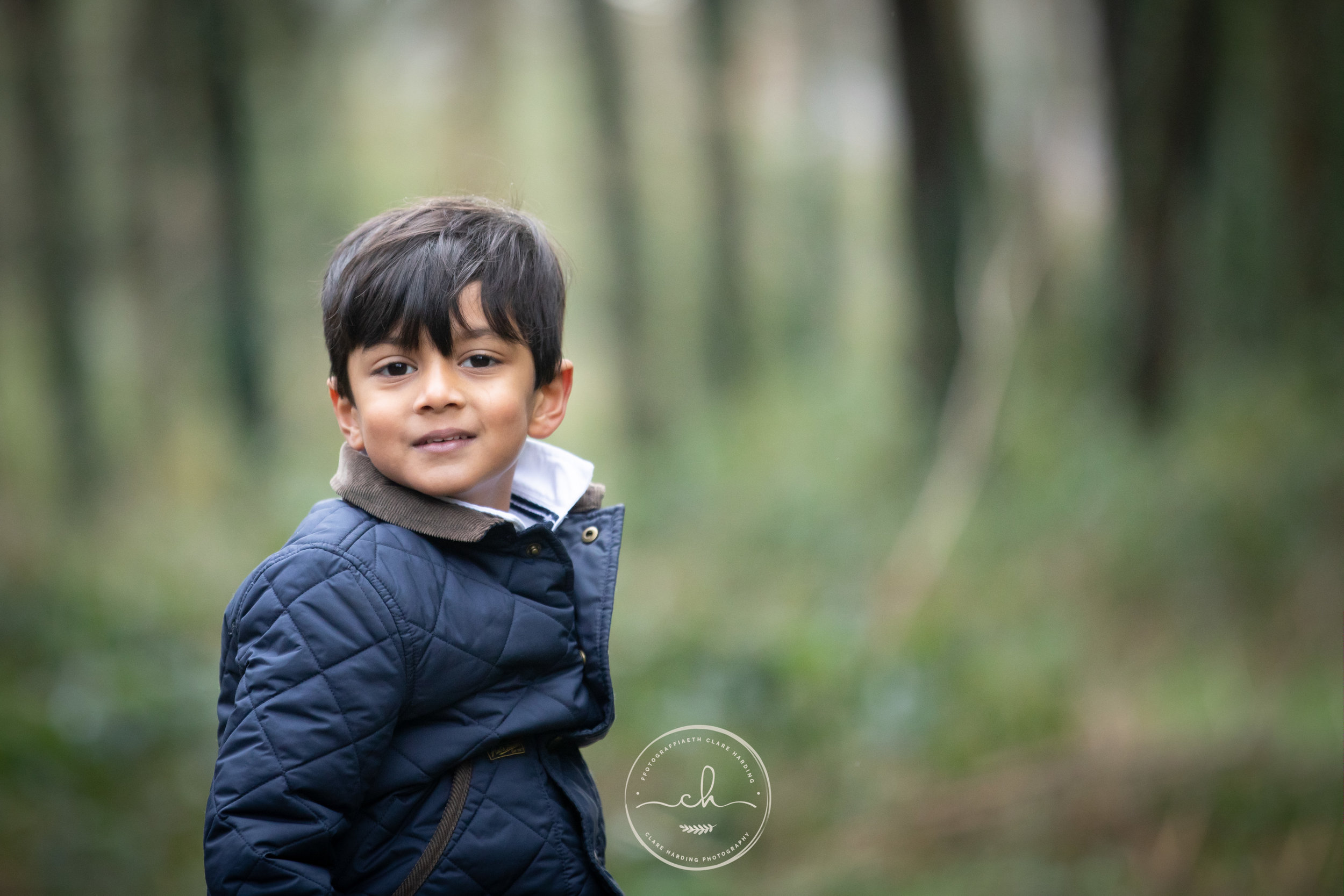 child family photographer cardiff vale of glamorgan outdoor 5.jpg