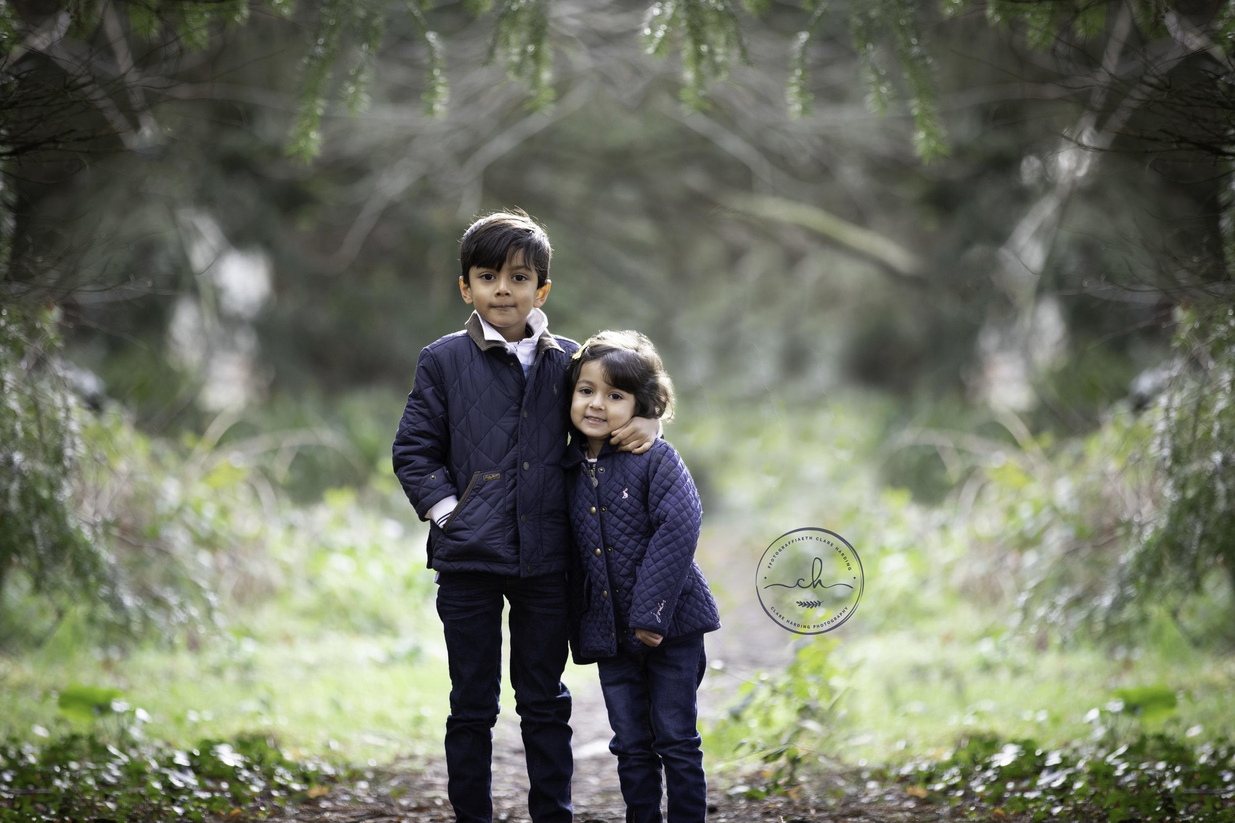 child family photoshoot cardiff vale of glamorgan.jpg