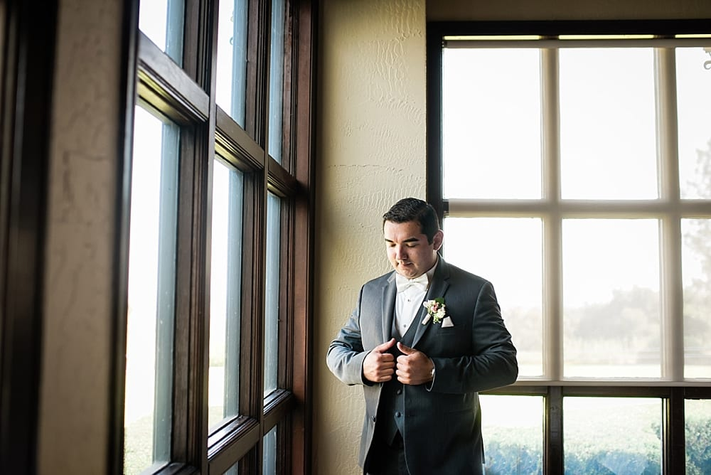 Summit-House-Fullerton-wedding-photographer-Carissa-Woo-Photography-Laura-and-Eric_0028.jpg