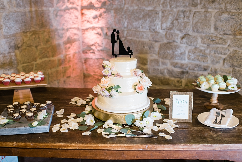 Temecula-Creek-Inn-wedding-photographer-Carissa-Woo-Photography-Laura-and-Eric_0086.jpg