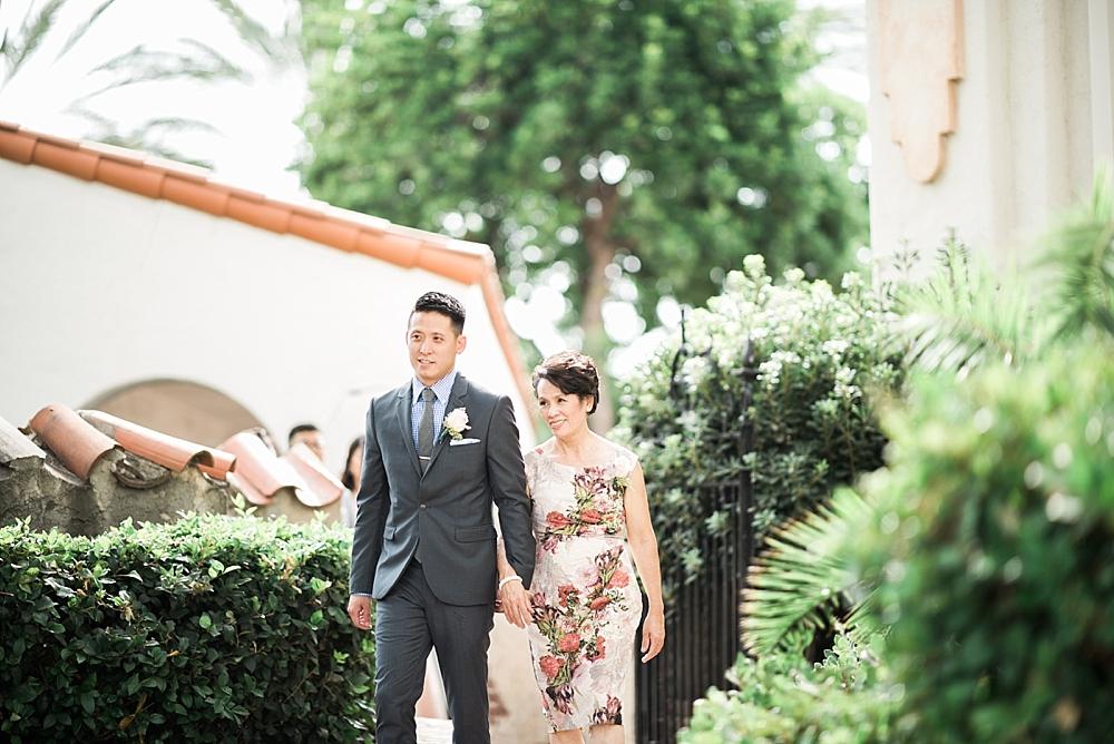 Grapevine-Arbor-San-Gabriel-wedding-photographer-Carissa-Woo-Photography-Laura-and-Eric_0040.jpg