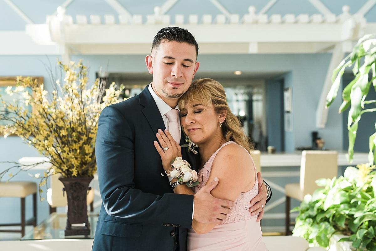 Redondo-Beach-Portofino-Wedding-Photographer-Kimmy-Juan-Carissa-Woo-Photography_0021.jpg