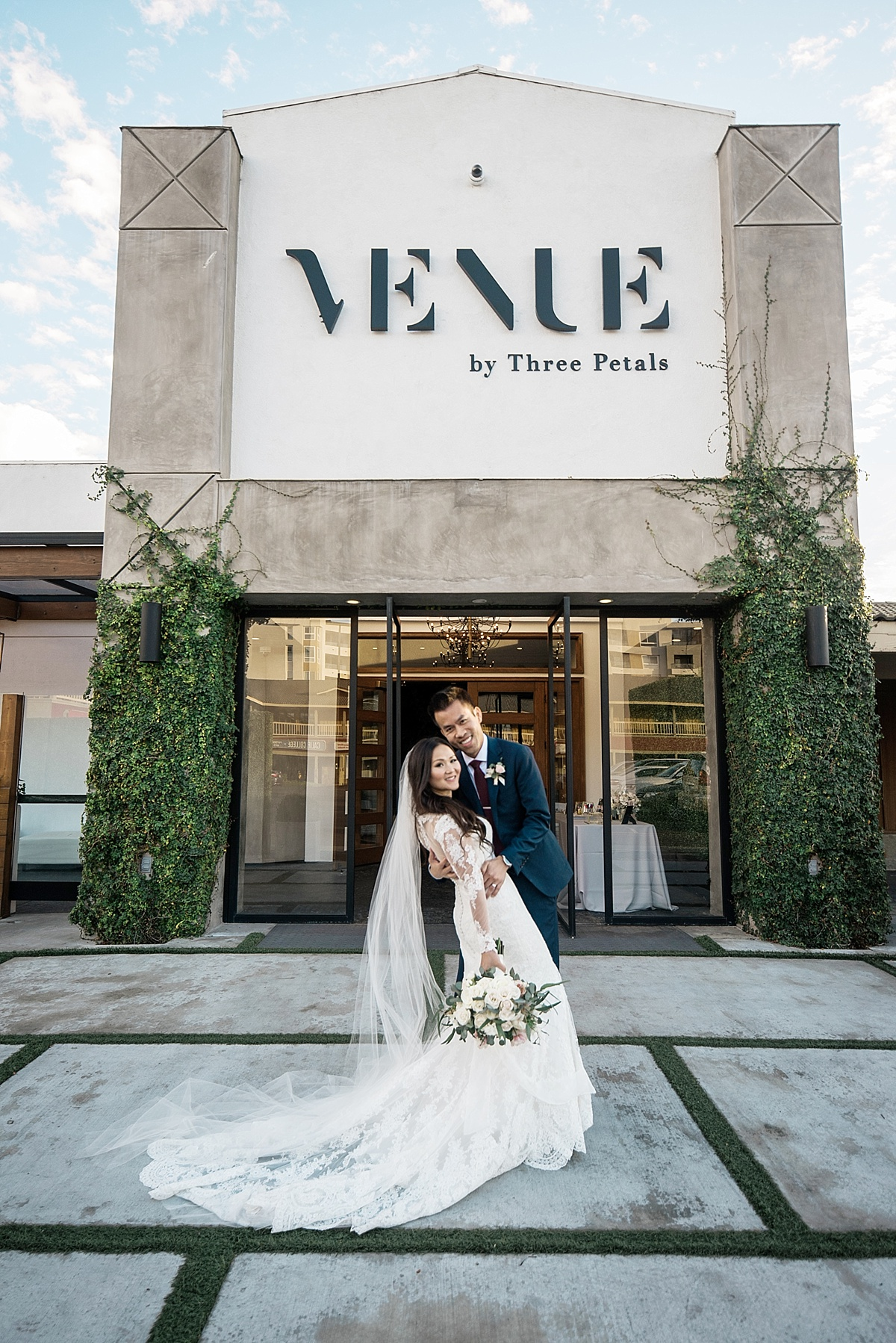 The-Venue-ByThree-Petals-Huntington-Beach-Wedding-Photographer-Christine-Andrew-Carissa-Woo-Photography_0086.jpg