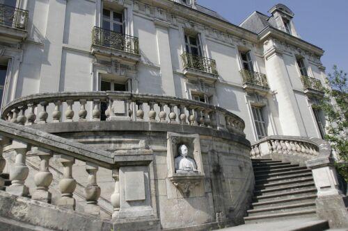 l'Hotel Torterue, l'Institut de Touraine, Tours, France