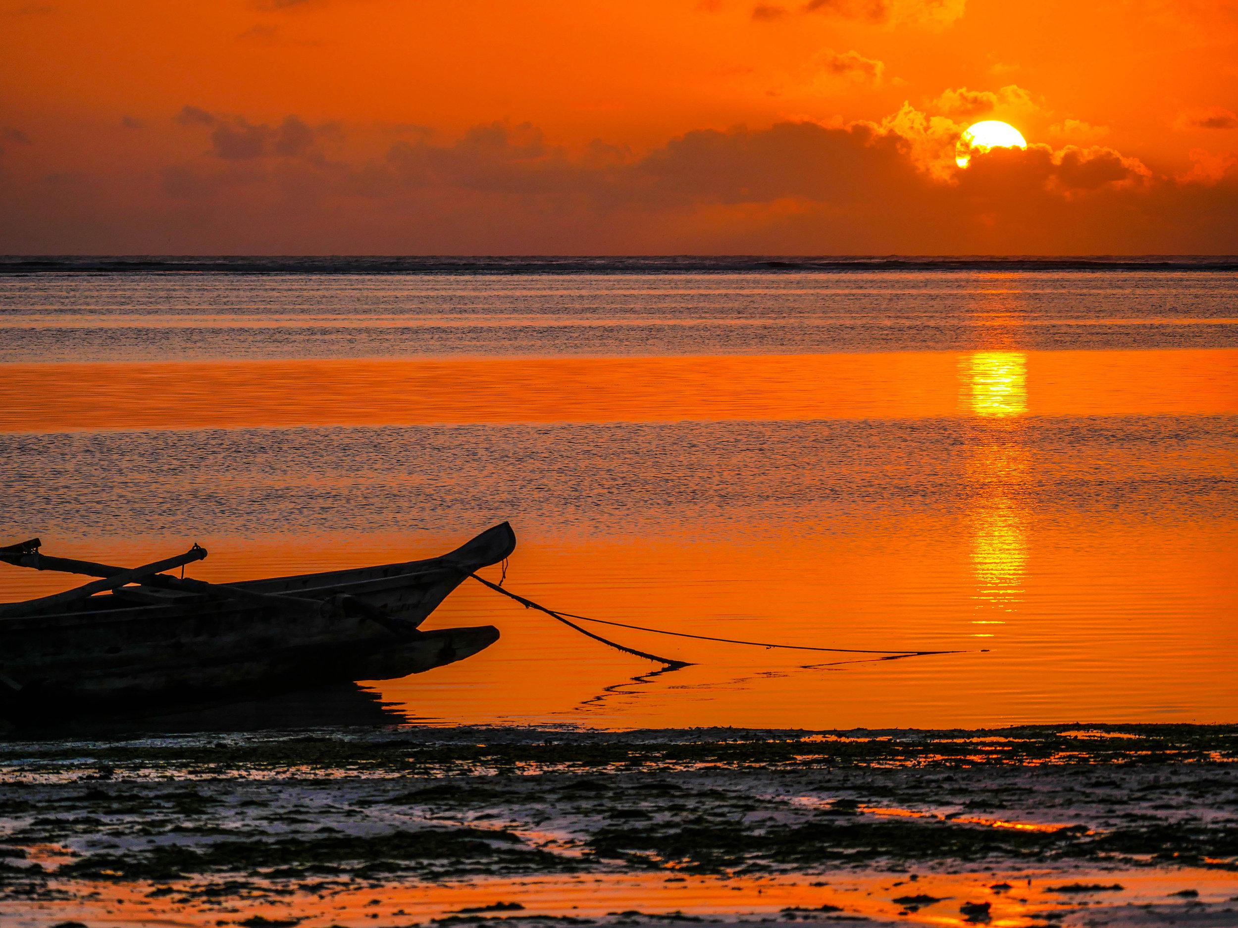 africa boat fishing zanzibar LR.jpg