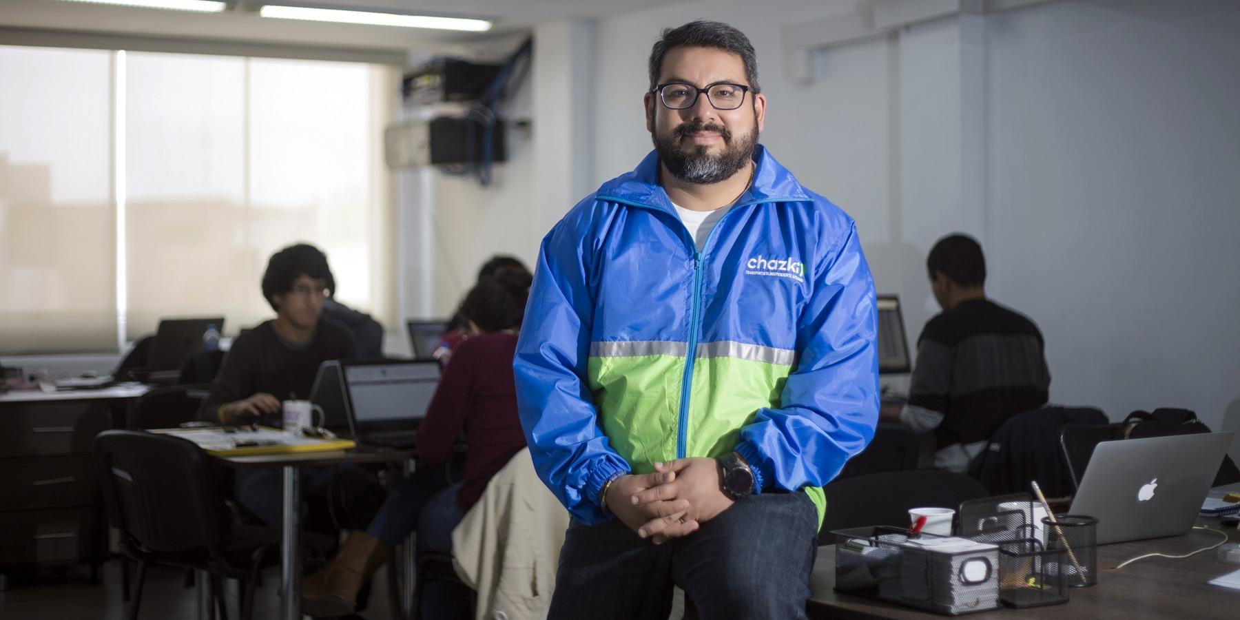 """""""El uso intensivo de tecnología es clave en una ciudad donde hay direcciones muy difíciles de encontrar.""""  - Gonzalo Begazo, CEO de Chazki."""