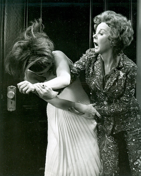 Cat fight scene from the film Valley of the Dolls