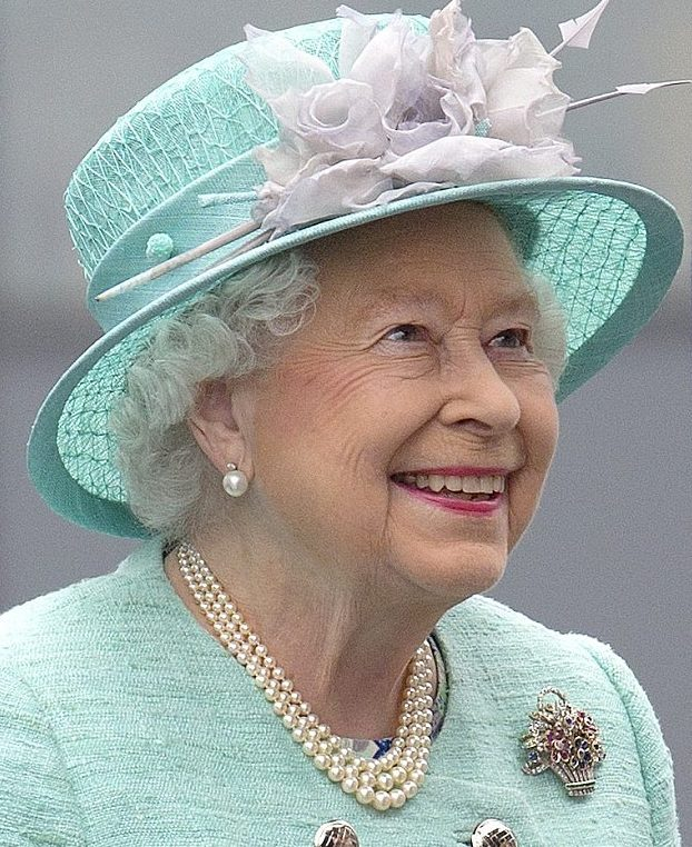 Queen Elizabeth wearing a triple strand graduated pearl necklace, image from Google. Our version is shown below. Chinese freshwater pearls.