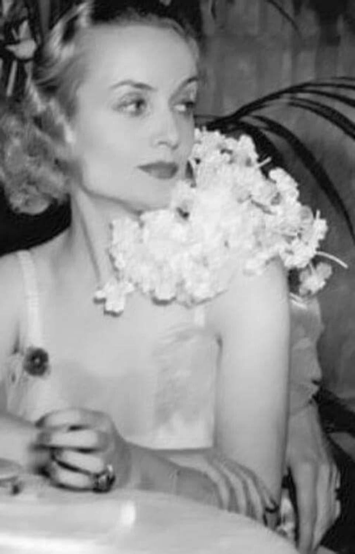 Carole Lombard (3).jpg