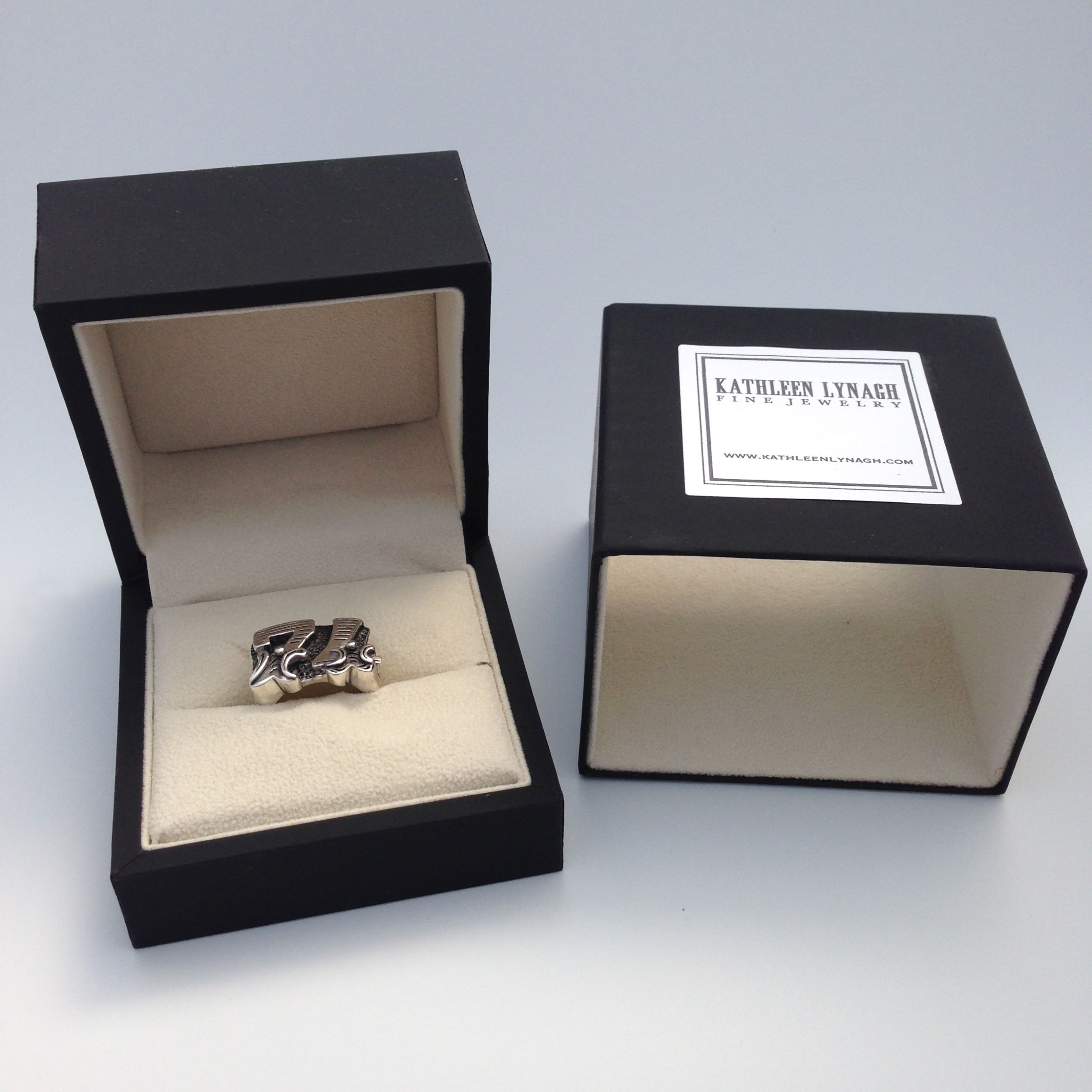 The final Circus font ring