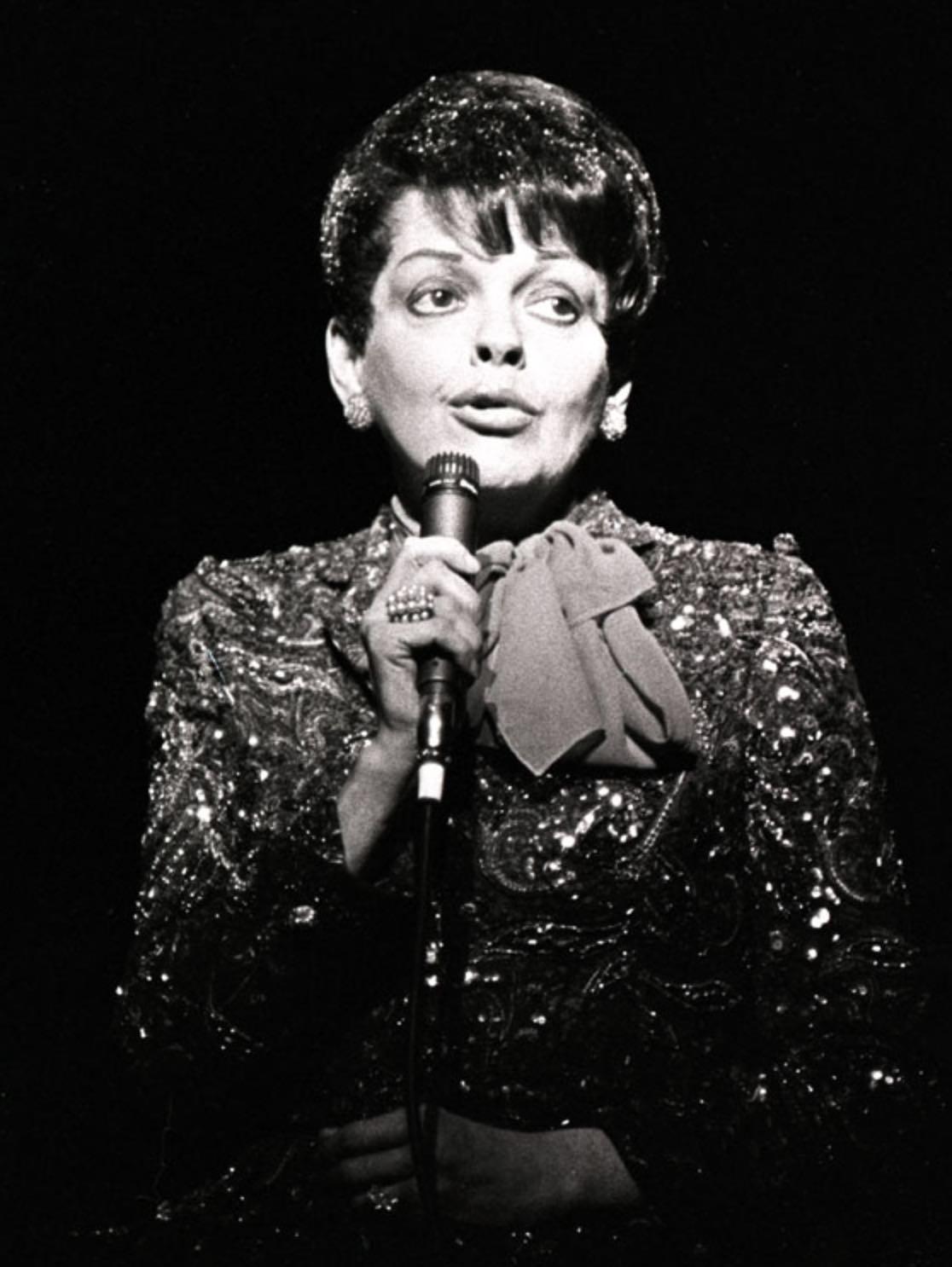 Judy Garland-.jpg