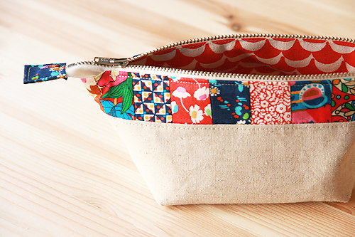 Open Wide Pouch by Fresh Lemons Quilts