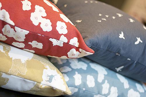 Grove Pillows by Fresh Lemons Quilts : Faith