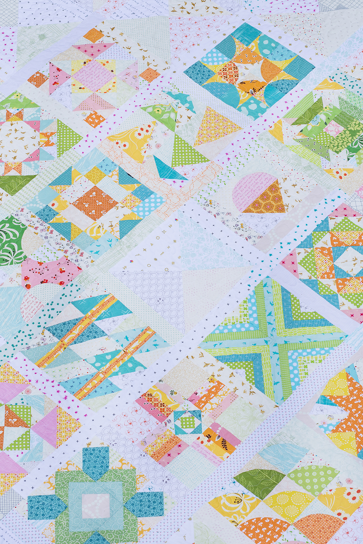 Summer Sampler 2016 ~ Scrappy on Point Quilt : Fresh Lemons Quilts