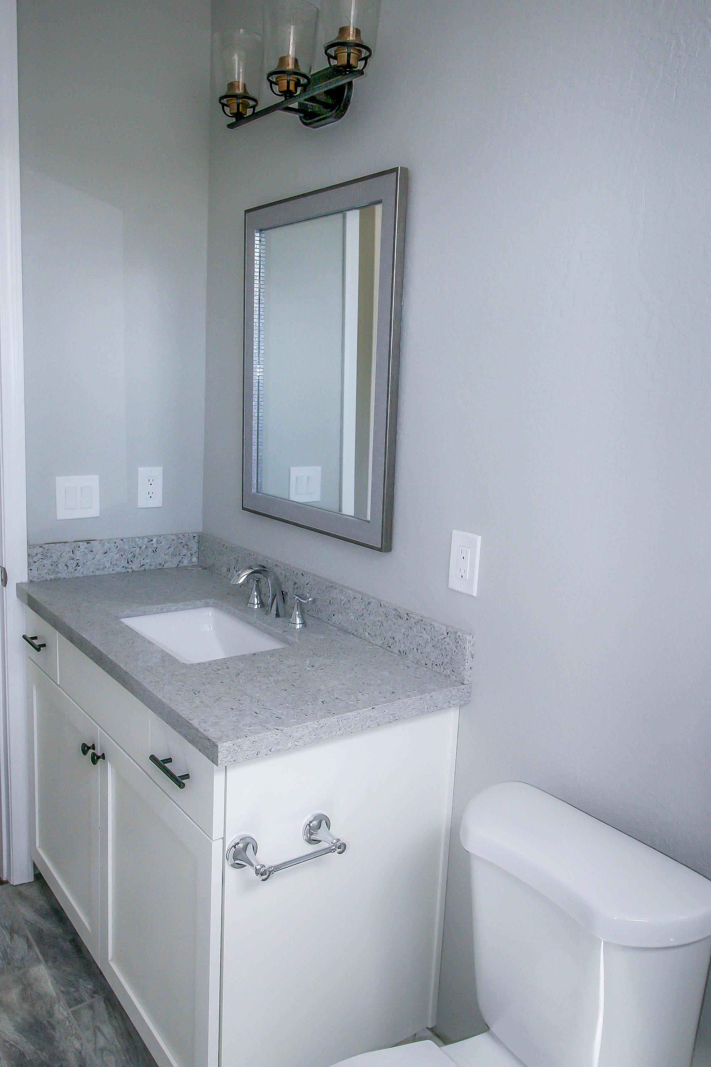 girardbathroom1.jpg