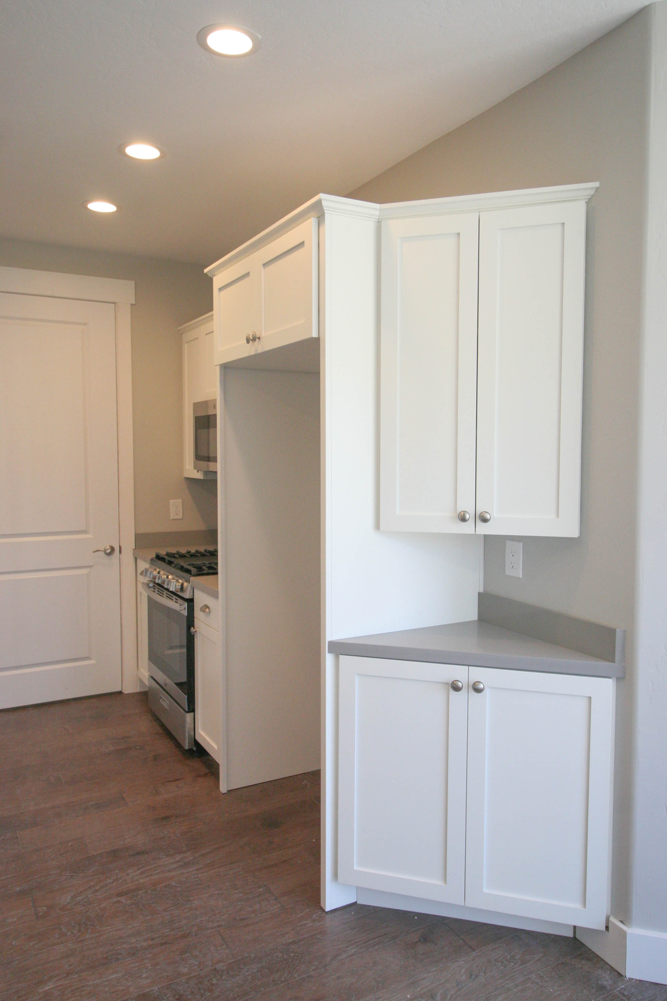 671Brookline kitchen2.jpg