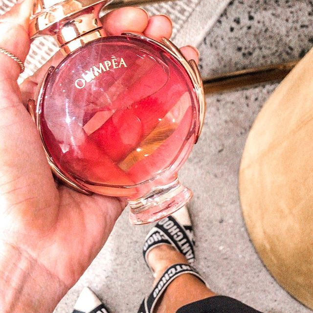 OBSESSED with this new @pacorabanne OLYMPEA Eau de Parfum.  Honestly, I am a creature of habit; my style is practically the pieces and style I know work for me, regardless of time (love a good designer investment piece like these babies my @jimmychoo ) and my go to scents (I love the fact a scent can remind you of someone, someone you love like a lover, your Oma or your favourite moment) have been the same for most of my life... But since this...it's my GO TO everyday; it's both sophisticated and floral, like a girl boss in high heals wearing pretty lace lingerie.  OLYMPEA means - SUPER GODDESS it's a mix of white aquatic flowers on a carnal of 'vanilla salt'  Fresh & sensual...honestly I cannot rave about it enough as I've added it to my top 5. Available at Farmers, Life Pharmacy, Smith & Caugheys, & David Jones in Wellington.  You need to try this. Trust me. @thegeneralistpr thank you. #pacorabanne #enterthelegend (like omg even the # 🙌🏻) #thegeneralistpr #scent #seductive #addictive #yum