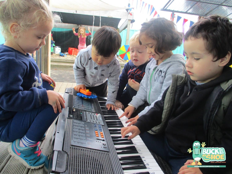 buckle-my-shoe-childcare-tauranga-music-5.jpg