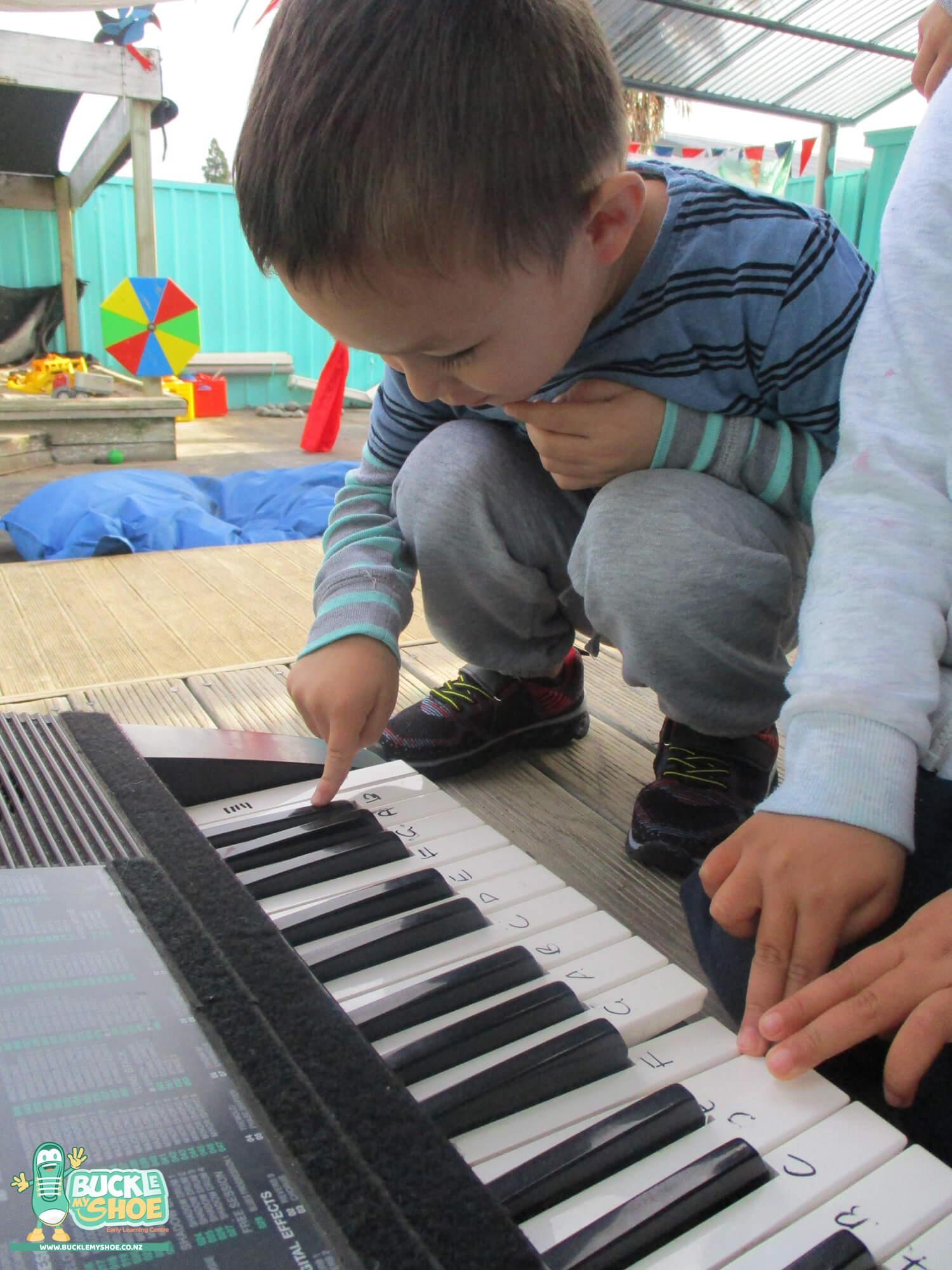 buckle-my-shoe-childcare-tauranga-music-2.jpg