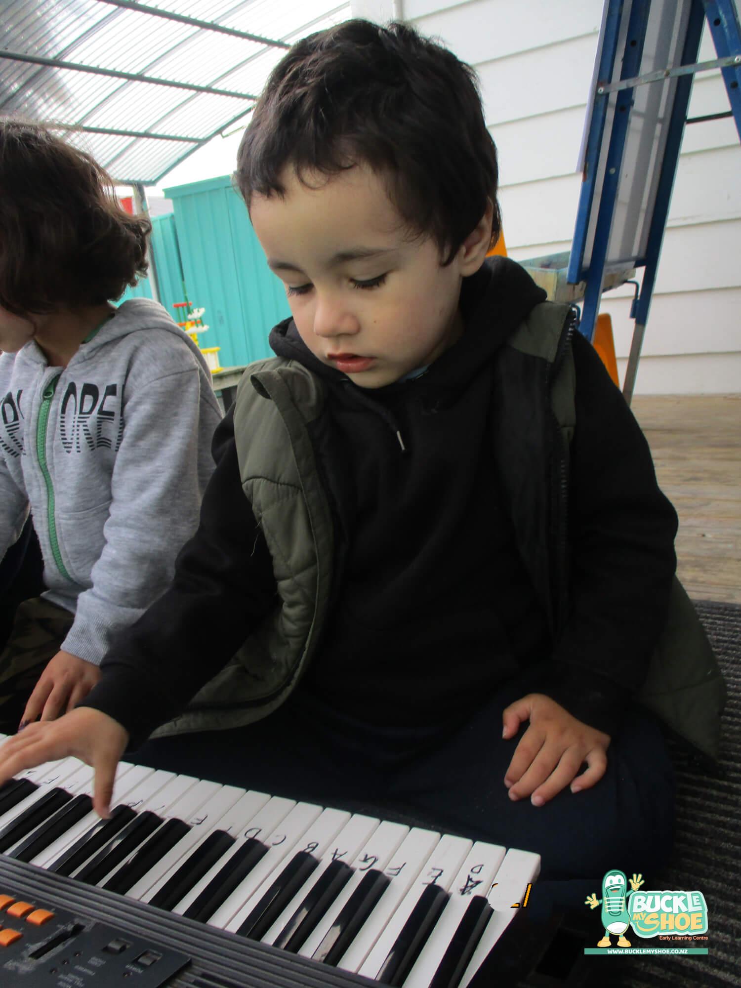 buckle-my-shoe-childcare-tauranga-music-6.jpg