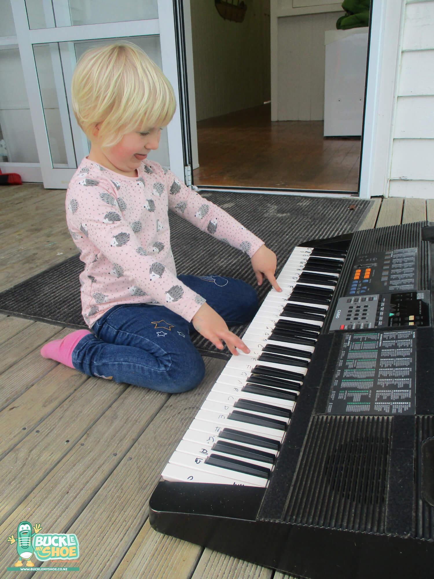 buckle-my-shoe-childcare-tauranga-music-13.jpg