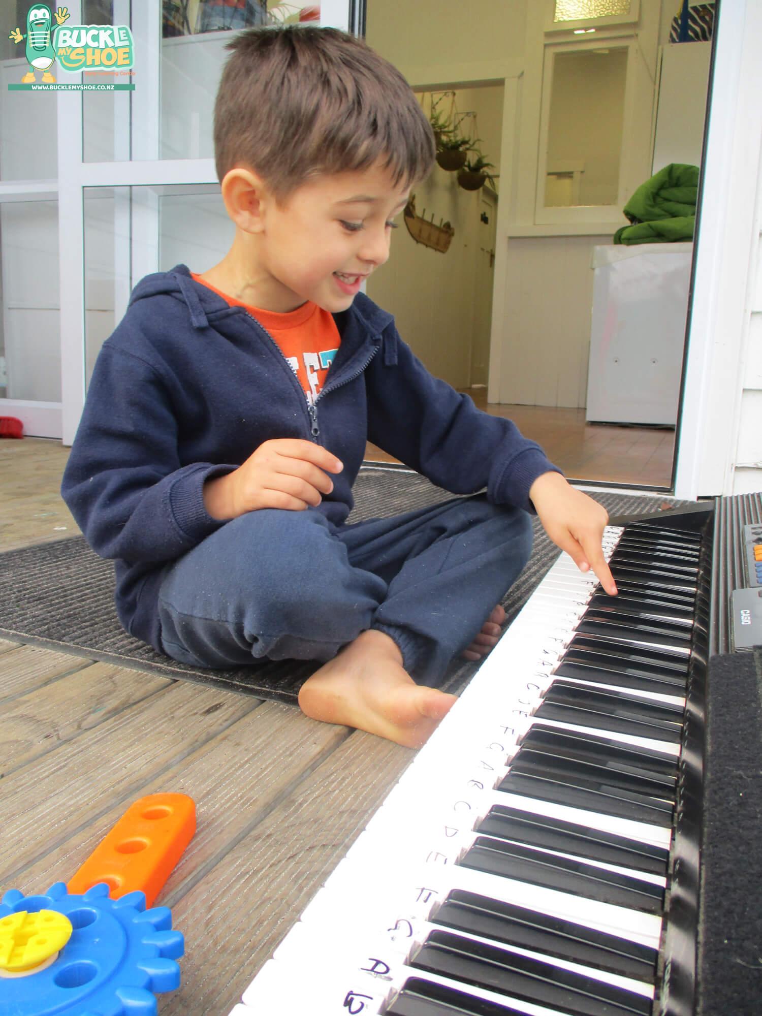 buckle-my-shoe-childcare-tauranga-music-12.jpg