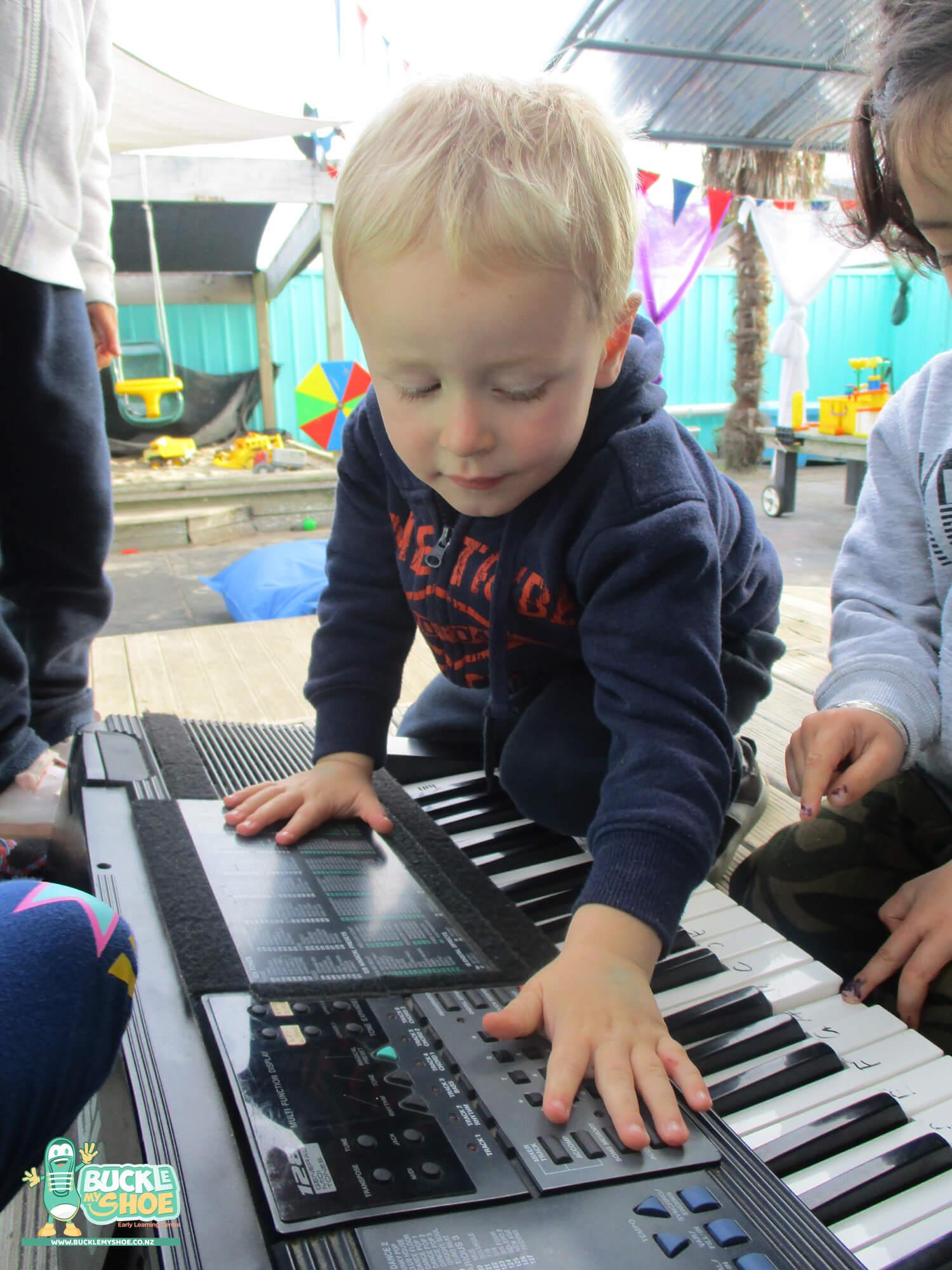 buckle-my-shoe-childcare-tauranga-music-4.jpg