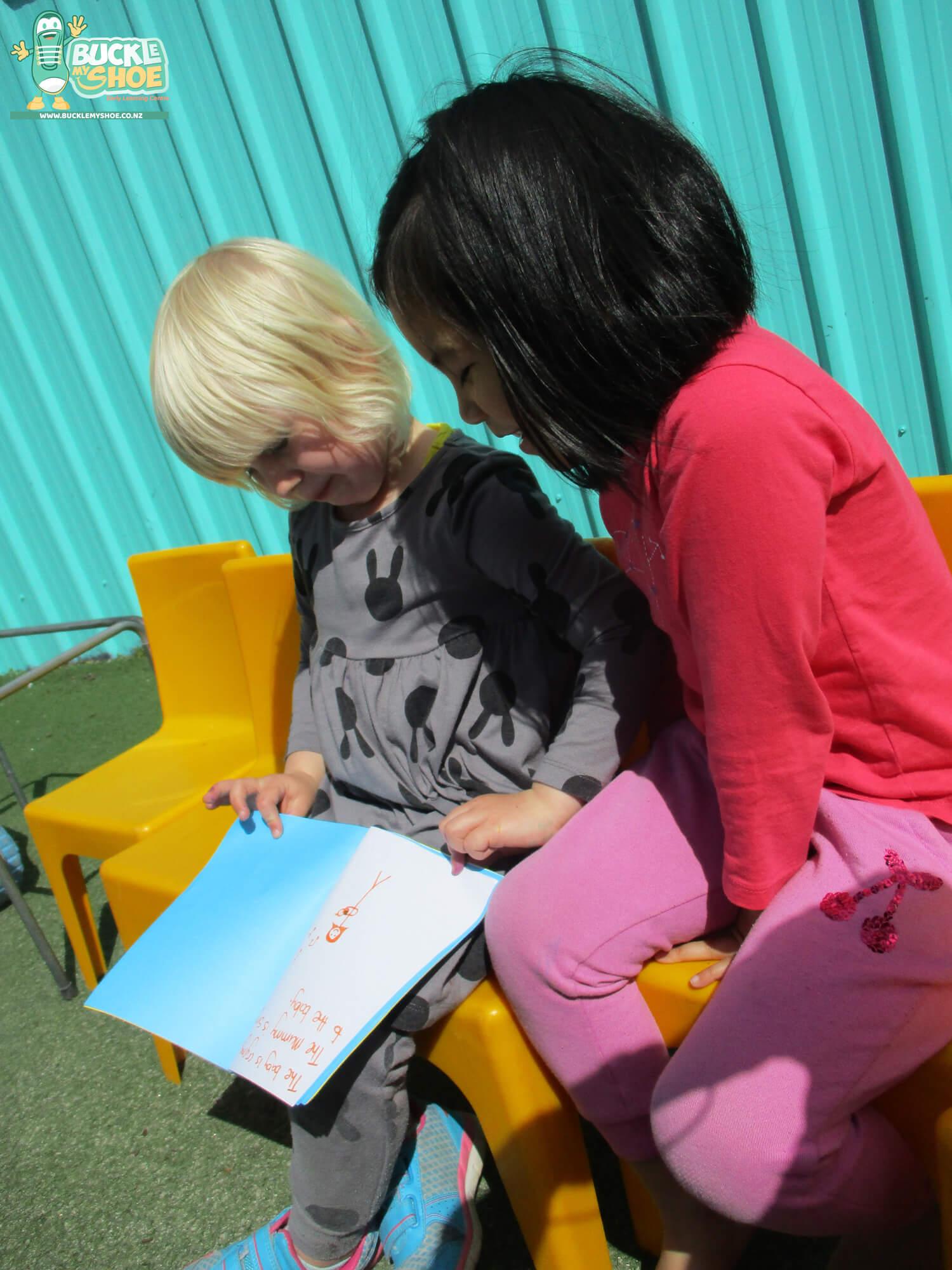 Buckle-my-shoe-childcare-preschool-tauranga-literacy-7.jpg