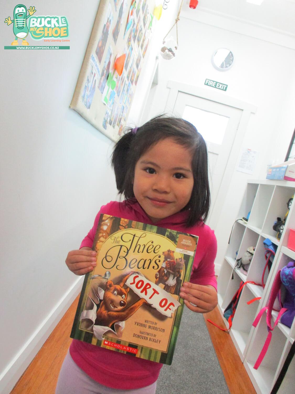Buckle-my-shoe-childcare-preschool-tauranga-literacy-3.jpg