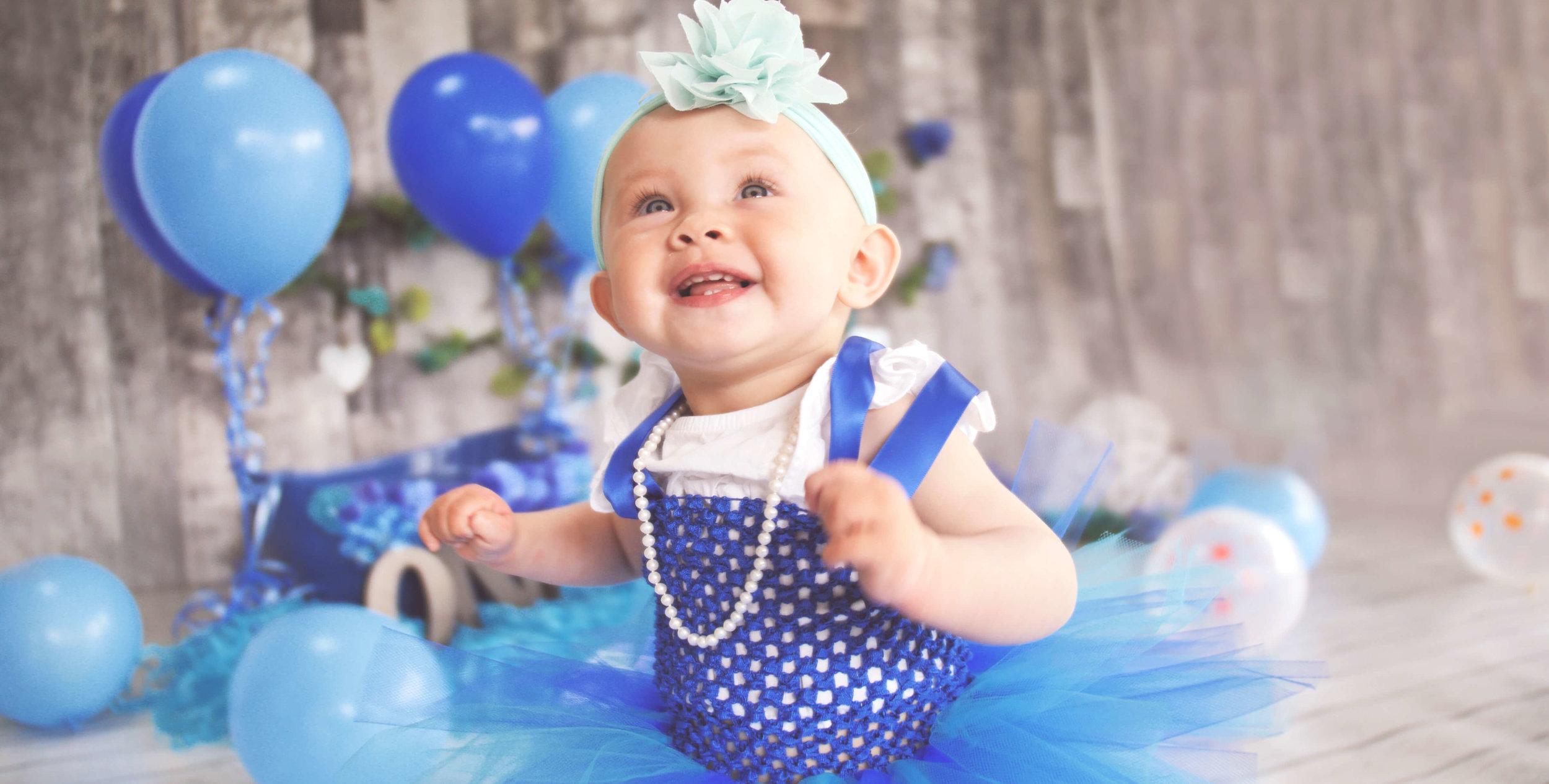 Aqua Sapphire cakesmash.jpg