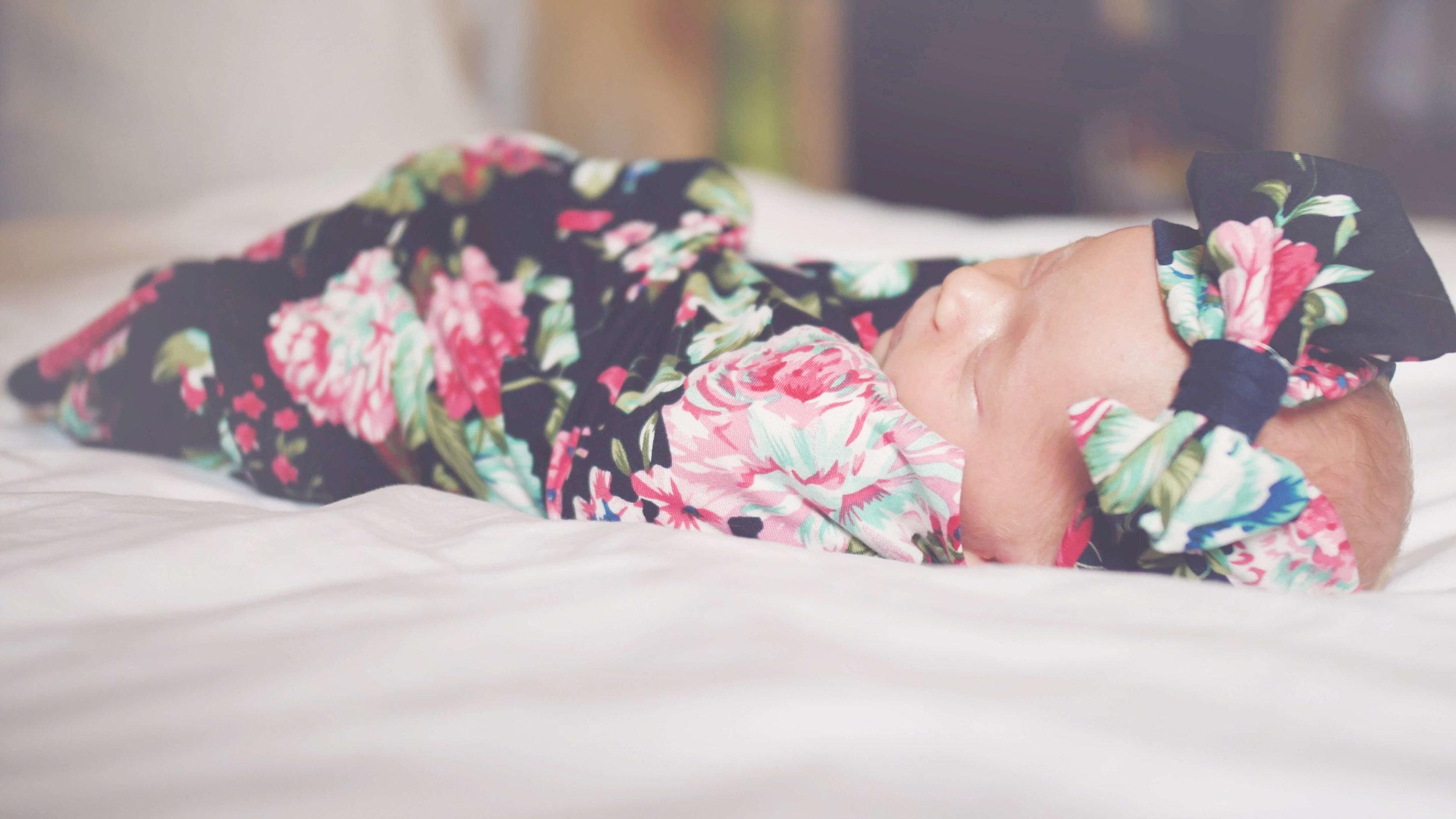 Newborn Victoria Photo 6.jpg