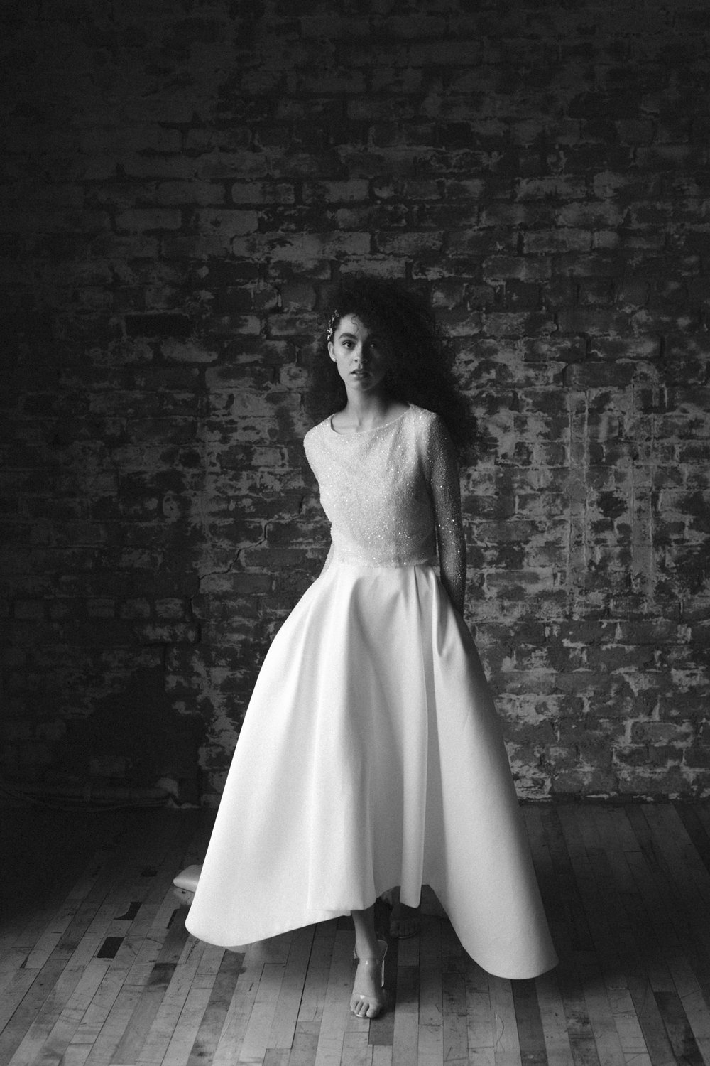 Tilly Thomas Lux hair pins and Jessica Bennet Bespoke bridal wear | Image by Ruth Atkinson